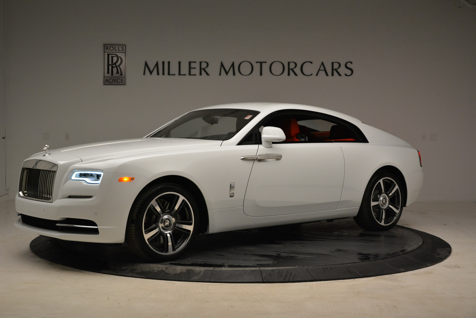 New 2018 Rolls-Royce Wraith  For Sale In Greenwich, CT 1966_p2