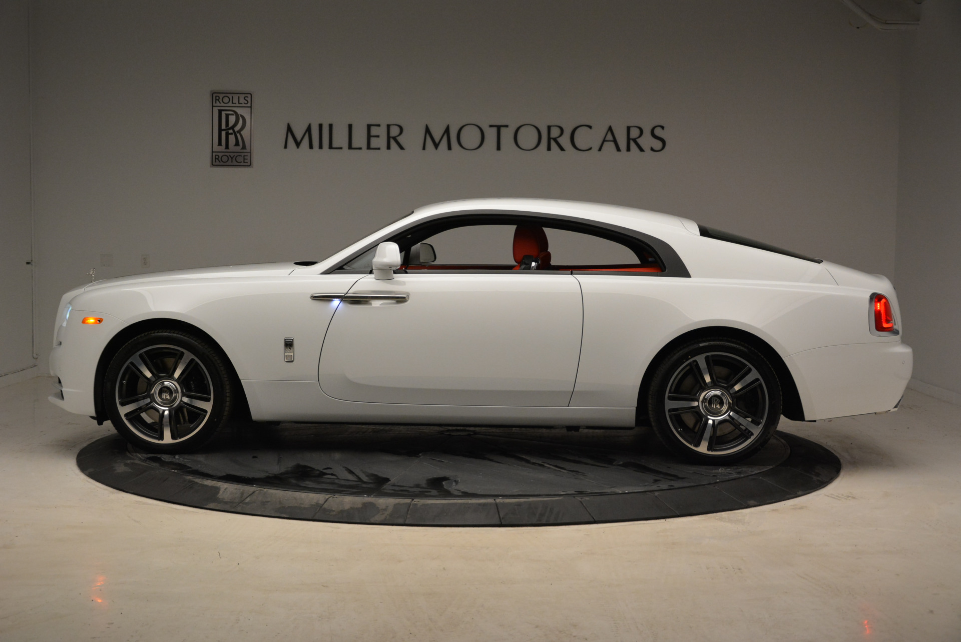 New 2018 Rolls-Royce Wraith  For Sale In Greenwich, CT 1966_p3