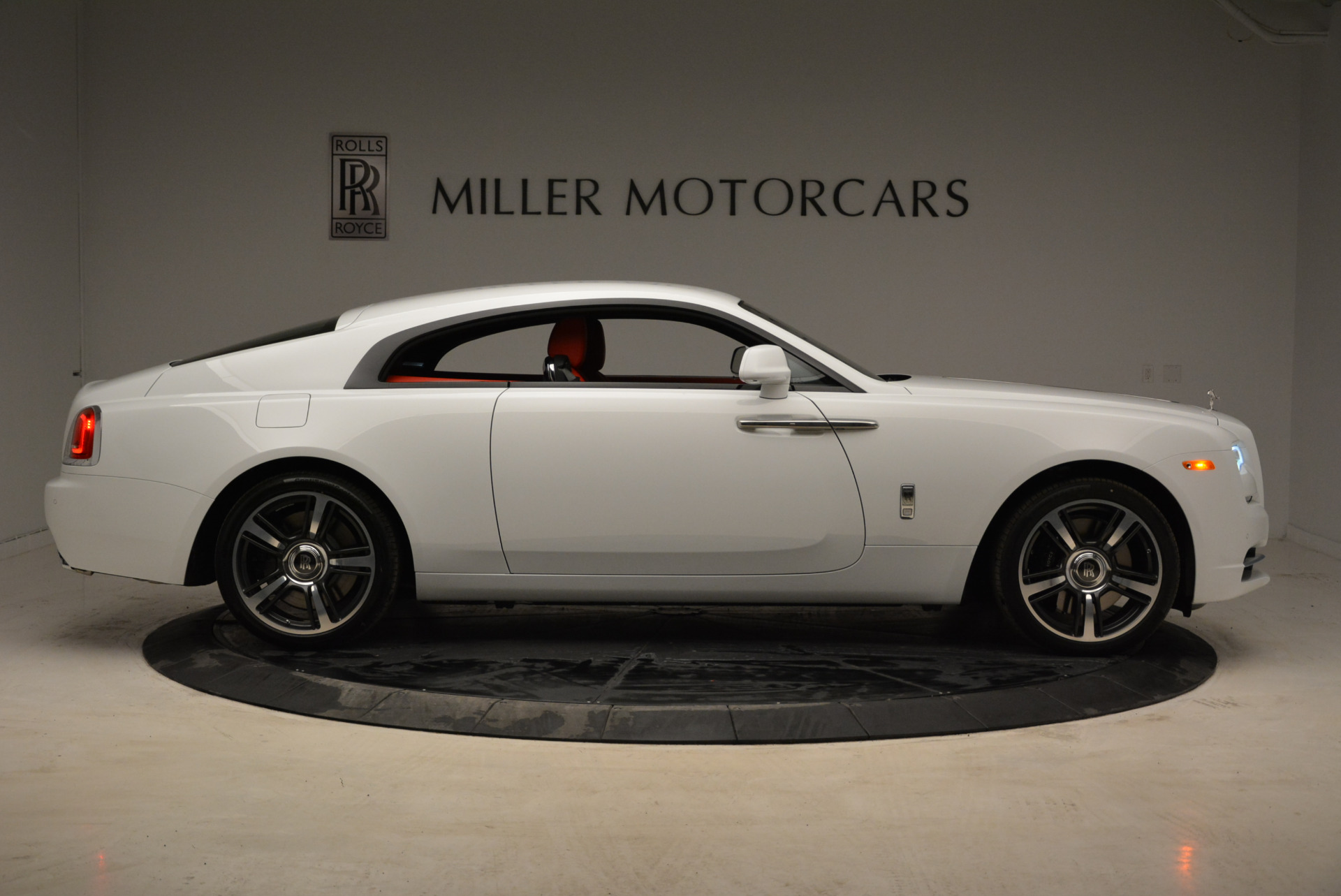 New 2018 Rolls-Royce Wraith  For Sale In Greenwich, CT 1966_p9