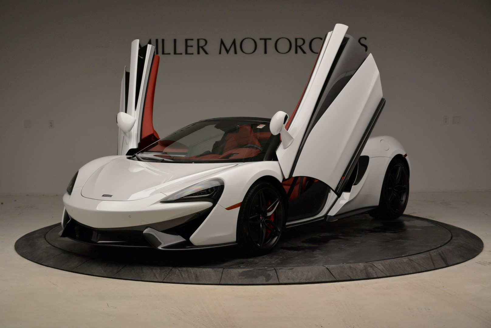 New 2018 McLaren 570S Spider For Sale In Greenwich, CT 1969_p14