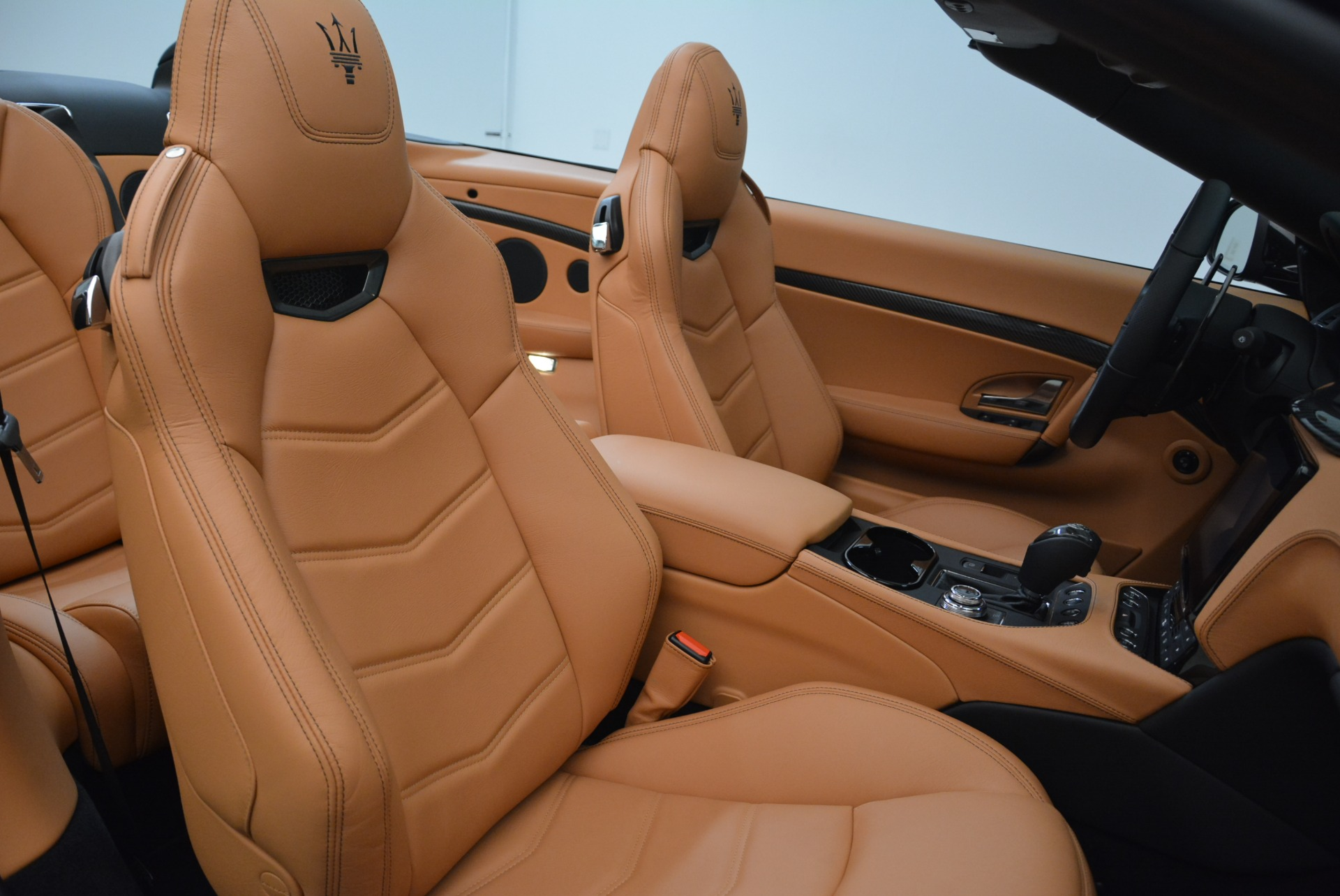 New 2018 Maserati GranTurismo MC Convertible For Sale In Greenwich, CT 1973_p34
