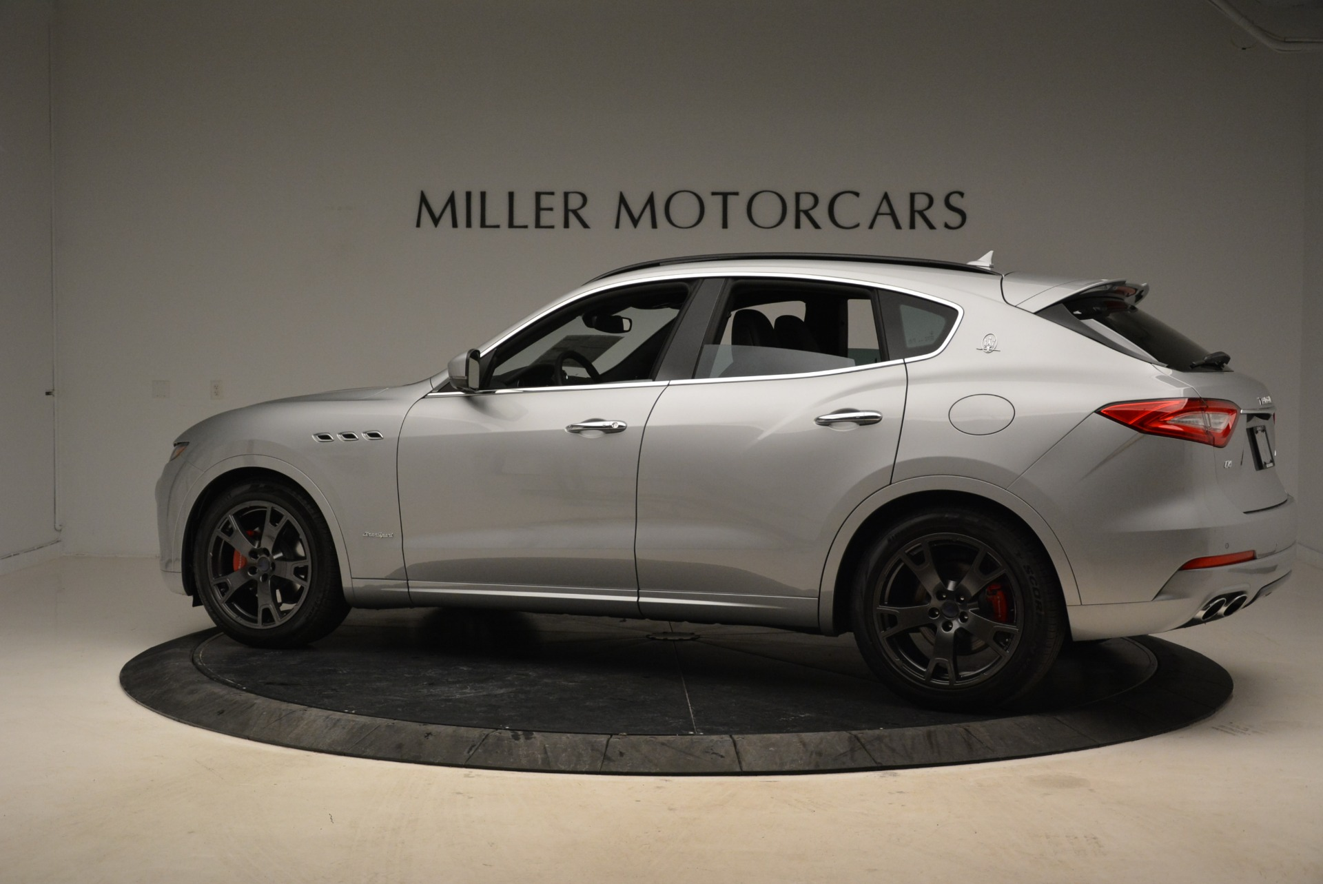 New 2018 Maserati Levante Q4 GranSport For Sale In Greenwich, CT 1975_p5