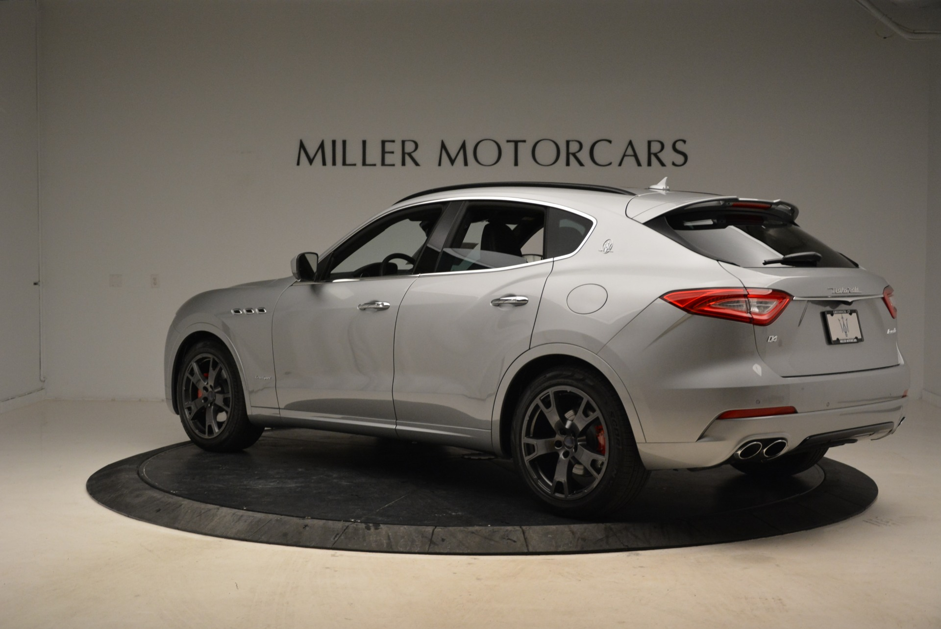 New 2018 Maserati Levante Q4 GranSport For Sale In Greenwich, CT 1975_p6