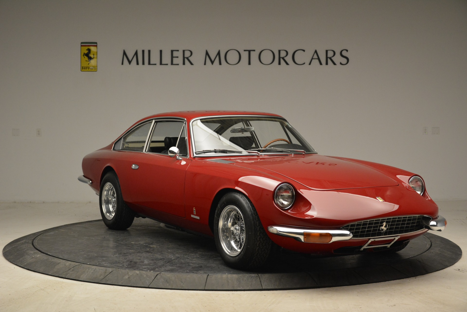 Used 1969 Ferrari 365 GT 2+2  For Sale In Greenwich, CT 1995_p11