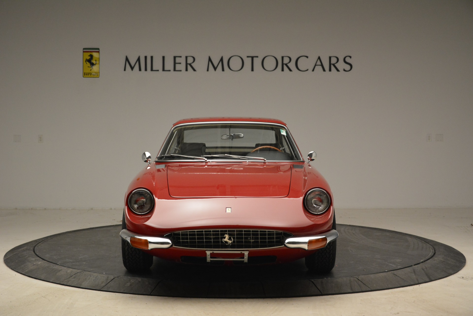 Used 1969 Ferrari 365 GT 2+2  For Sale In Greenwich, CT 1995_p12