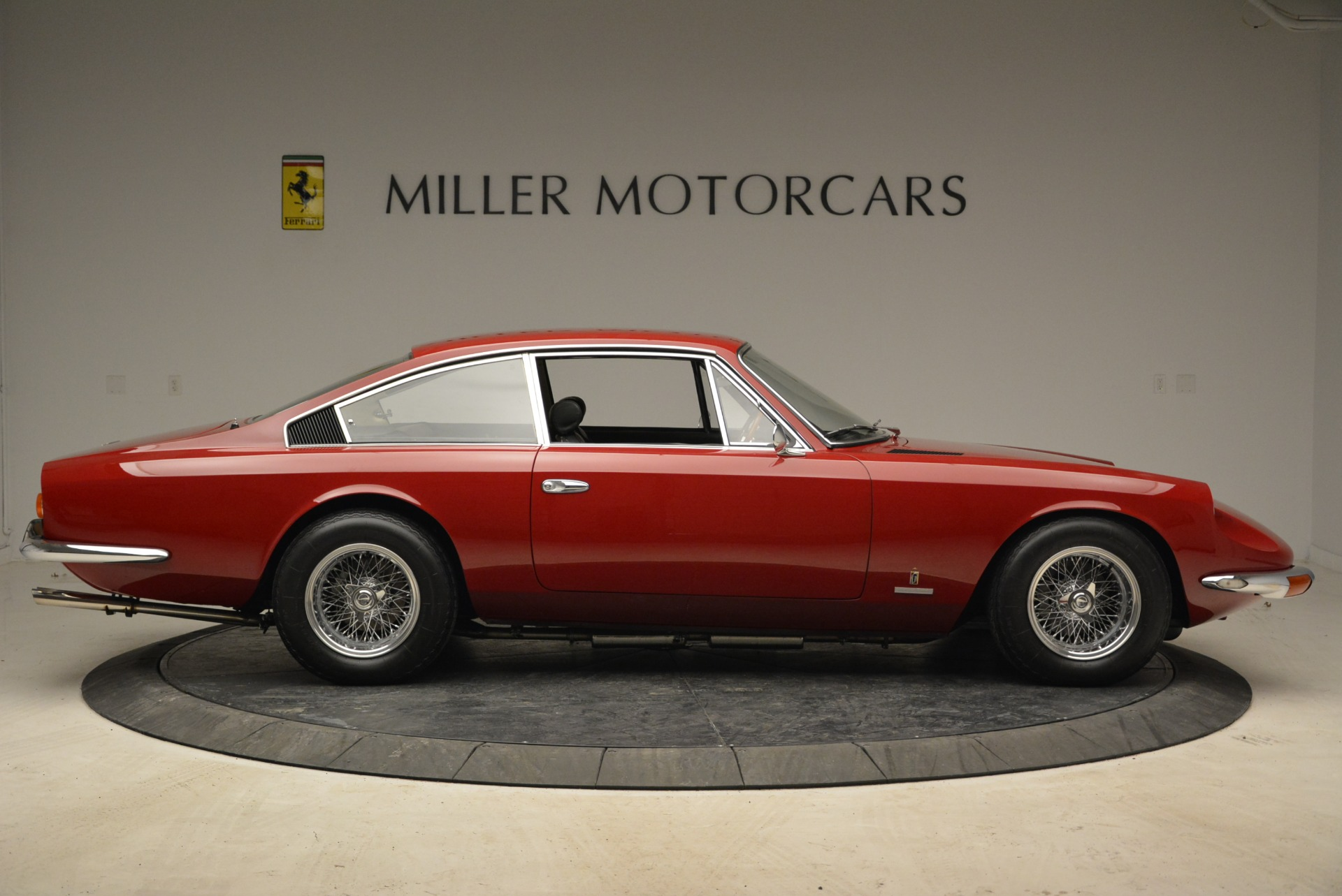 Used 1969 Ferrari 365 GT 2+2  For Sale In Greenwich, CT 1995_p9