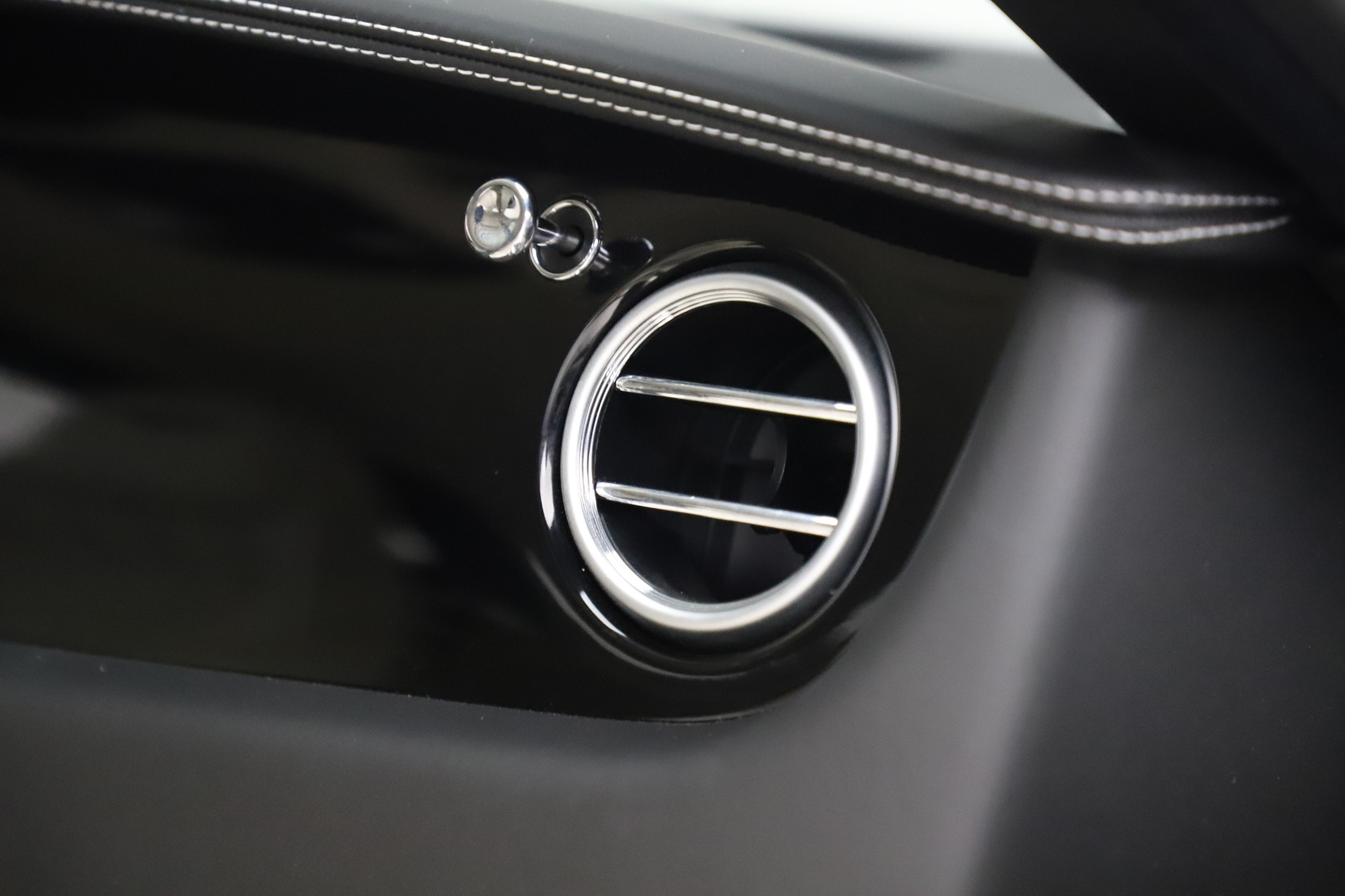 Used 2016 Bentley Continental GT W12 For Sale In Greenwich, CT 20_p25