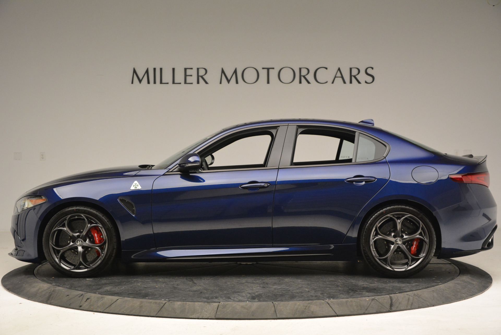 New 2018 Alfa Romeo Giulia Quadrifoglio For Sale In Greenwich, CT 2007_p3