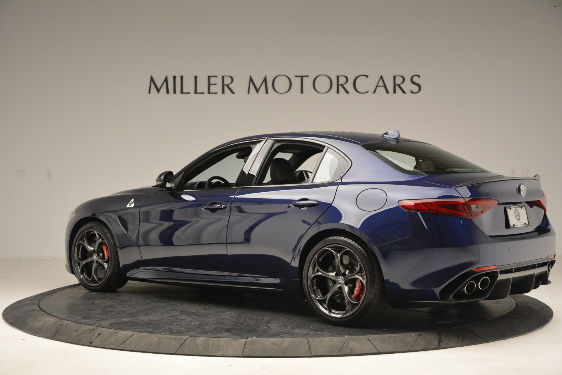 New 2018 Alfa Romeo Giulia Quadrifoglio For Sale In Greenwich, CT 2007_p4