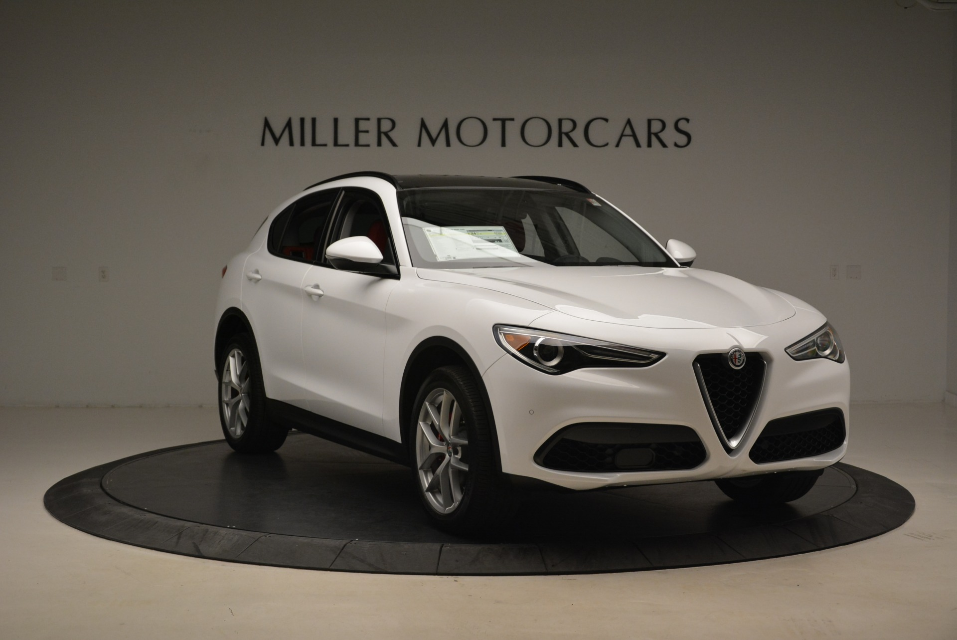 New 2018 Alfa Romeo Stelvio Ti Sport Q4 For Sale In Greenwich, CT 2008_p11
