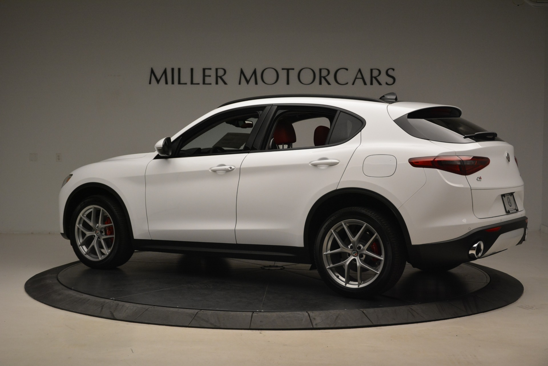 New 2018 Alfa Romeo Stelvio Ti Sport Q4 For Sale In Greenwich, CT 2008_p4