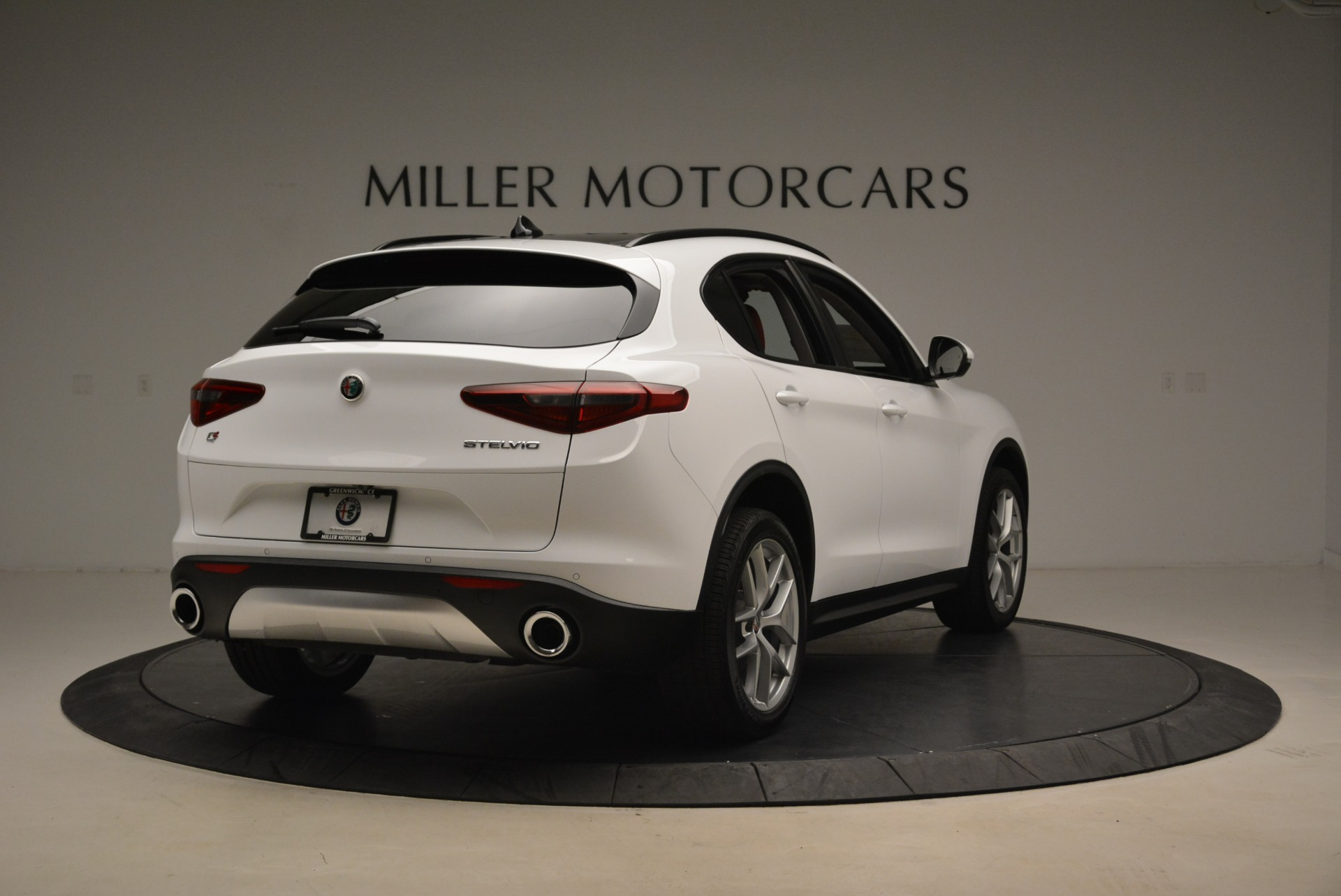 New 2018 Alfa Romeo Stelvio Ti Sport Q4 For Sale In Greenwich, CT 2008_p7