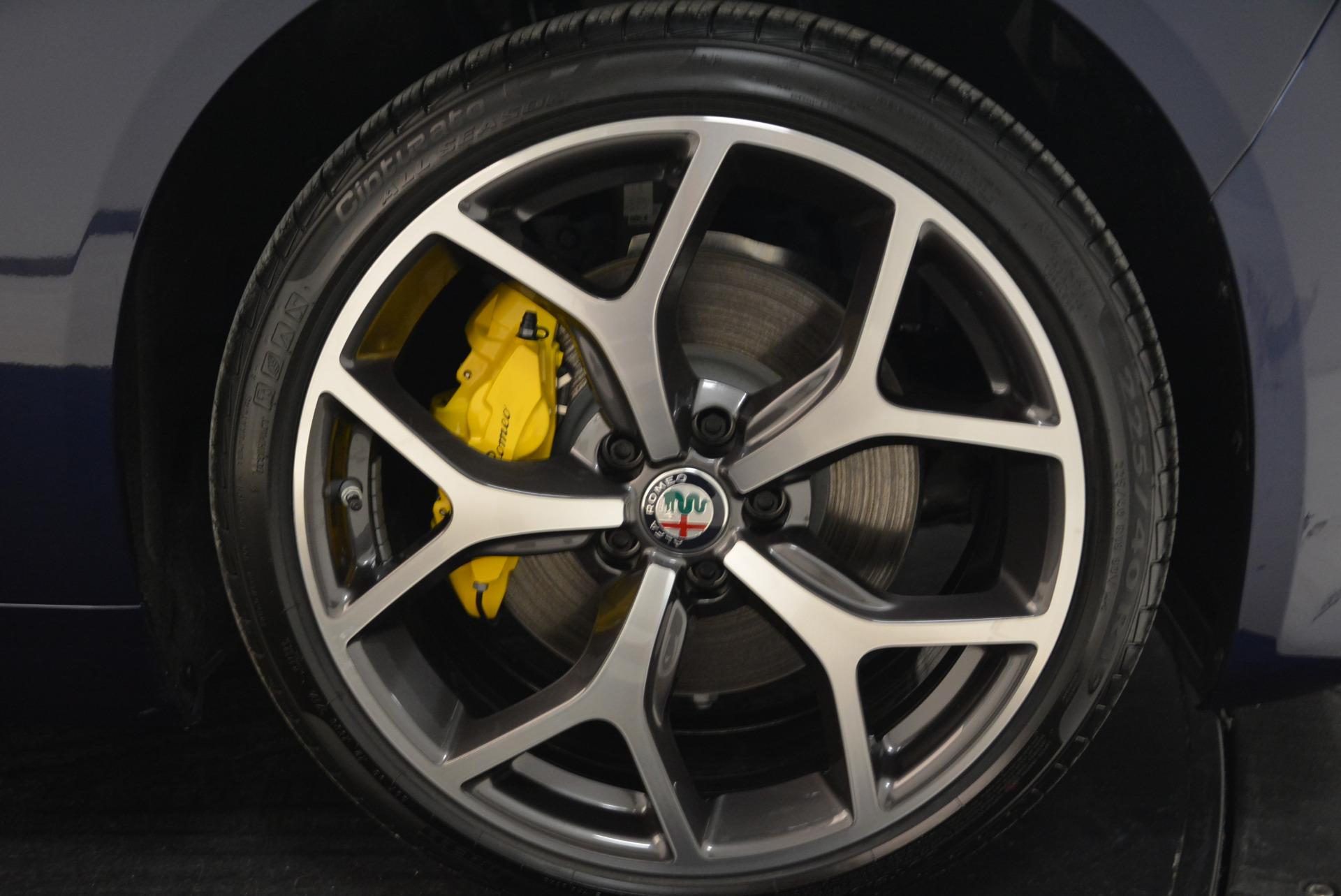 New 2018 Alfa Romeo Giulia Ti Sport Q4 For Sale In Greenwich, CT 2017_p25