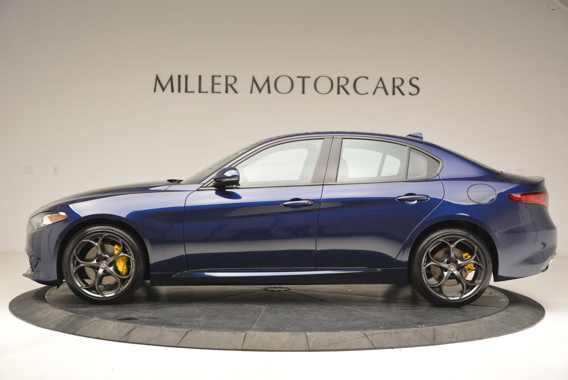 New 2018 Alfa Romeo Giulia Ti Sport Q4 For Sale In Greenwich, CT 2030_p3