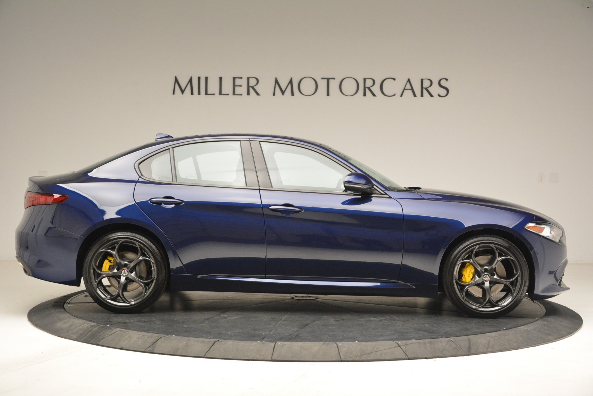 New 2018 Alfa Romeo Giulia Ti Sport Q4 For Sale In Greenwich, CT 2030_p9