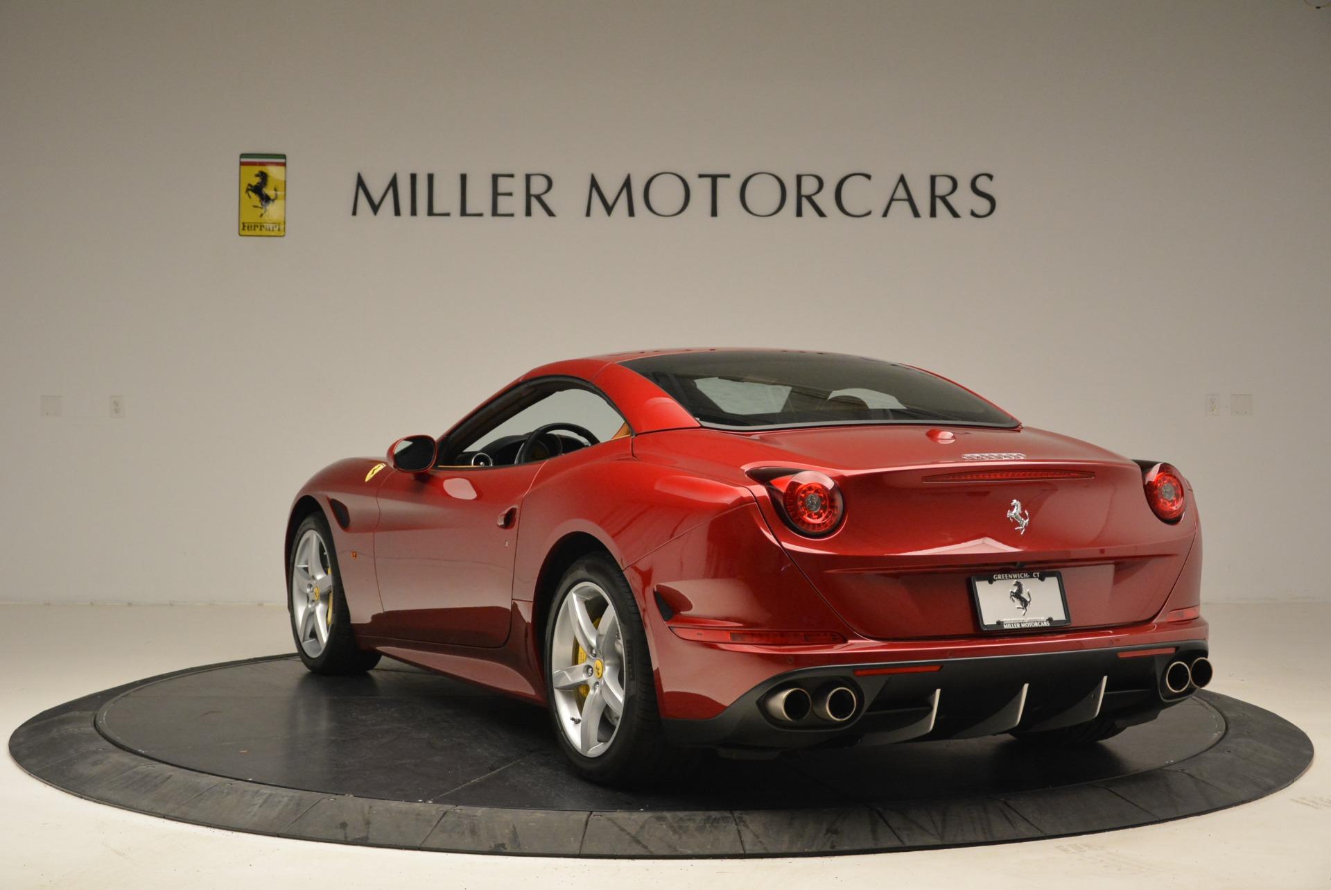 Used 2015 Ferrari California T  For Sale In Greenwich, CT 2033_p17