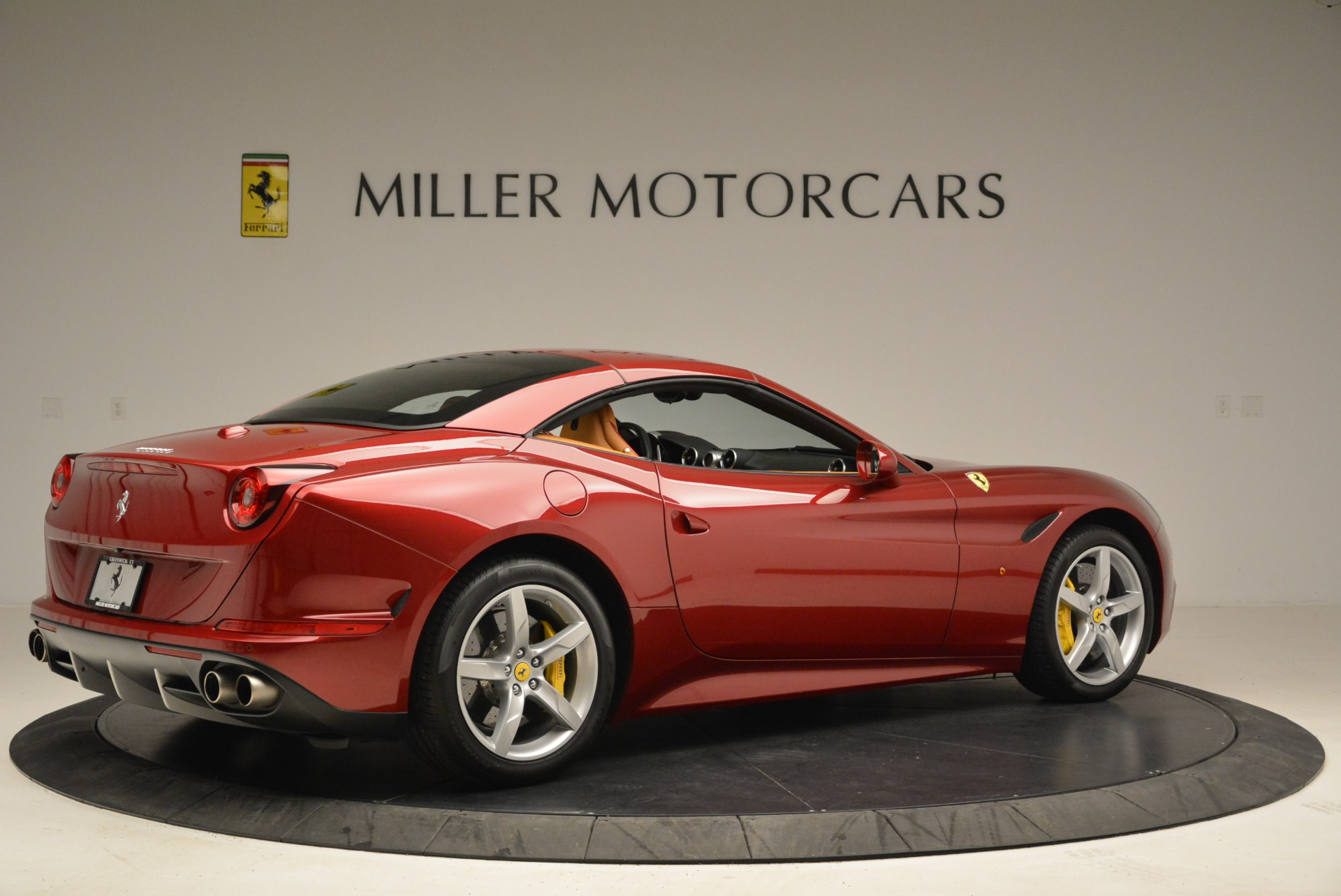 Used 2015 Ferrari California T  For Sale In Greenwich, CT 2033_p20