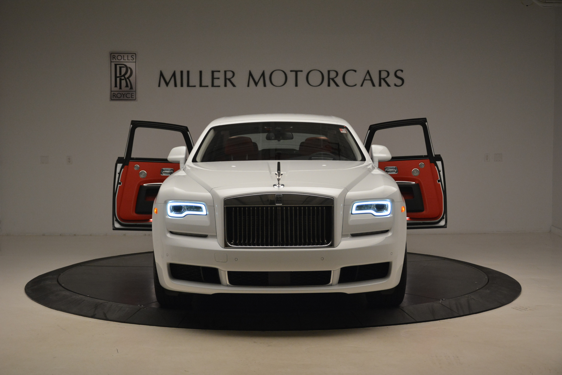 New 2018 Rolls-Royce Ghost  For Sale In Greenwich, CT 2034_p13