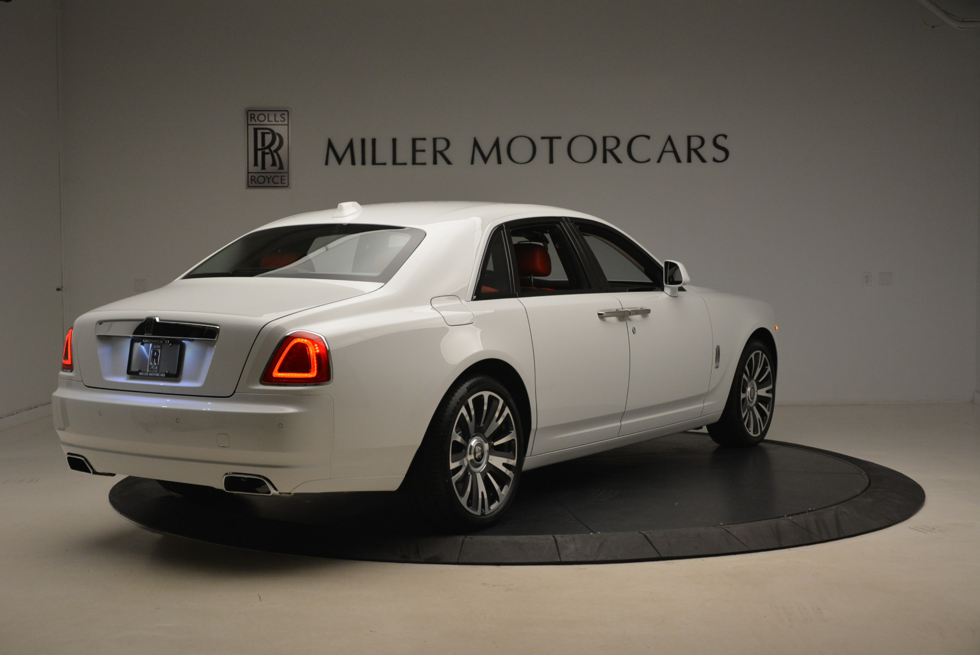 New 2018 Rolls-Royce Ghost  For Sale In Greenwich, CT 2034_p7
