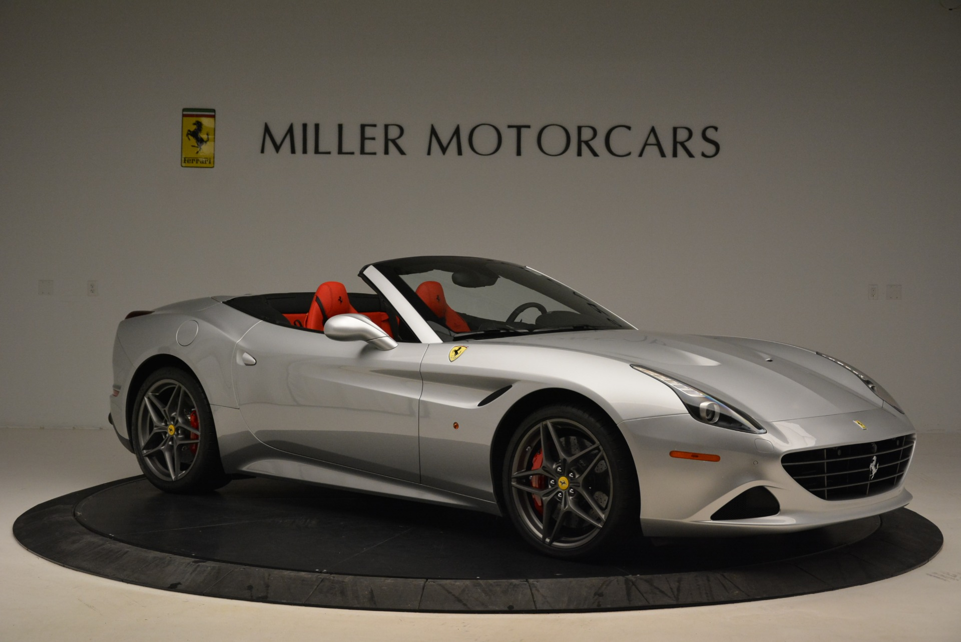 Used 2017 Ferrari California T Handling Speciale For Sale In Greenwich, CT 2037_p10