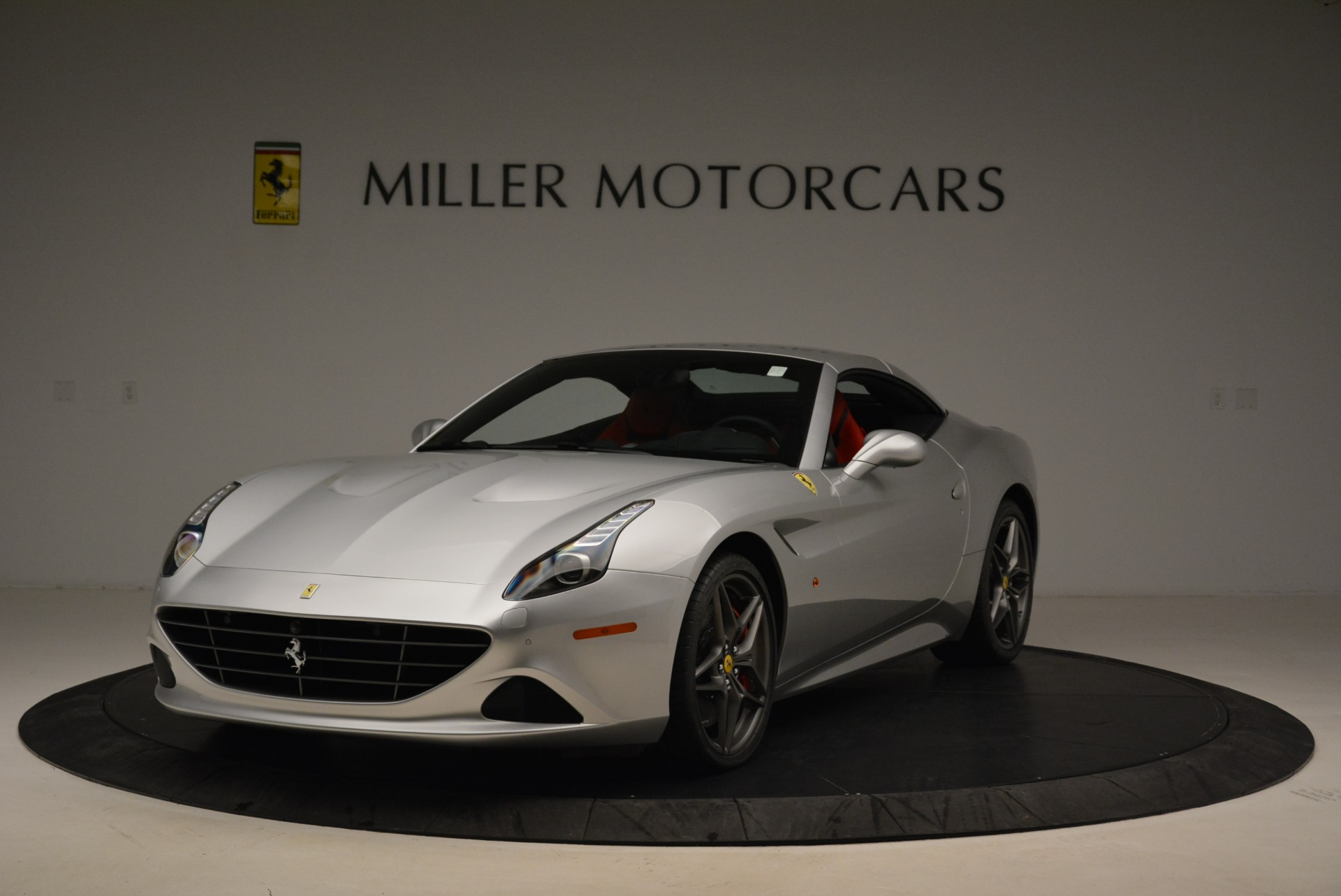 Used 2017 Ferrari California T Handling Speciale For Sale In Greenwich, CT 2037_p13