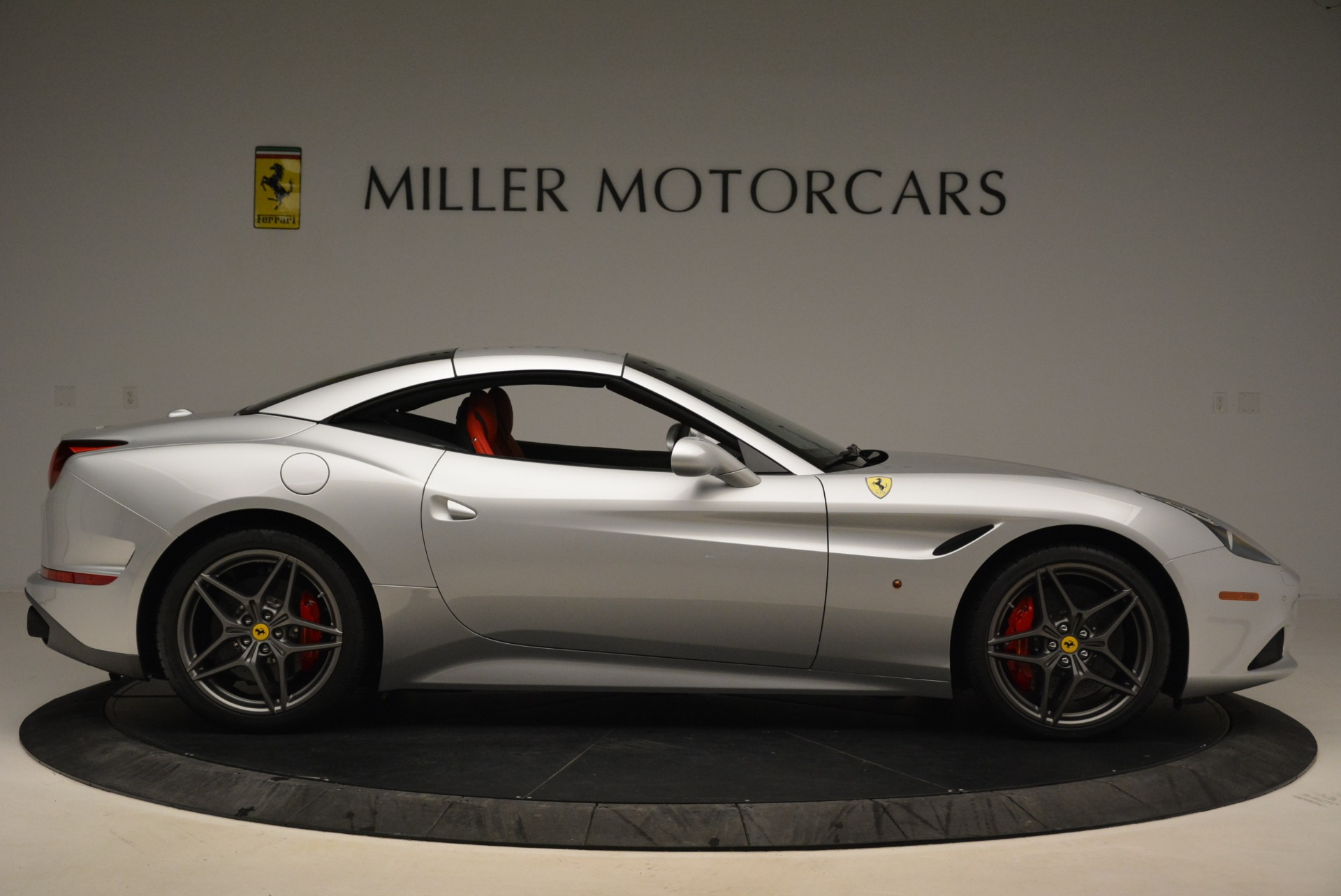 Used 2017 Ferrari California T Handling Speciale For Sale In Greenwich, CT 2037_p21