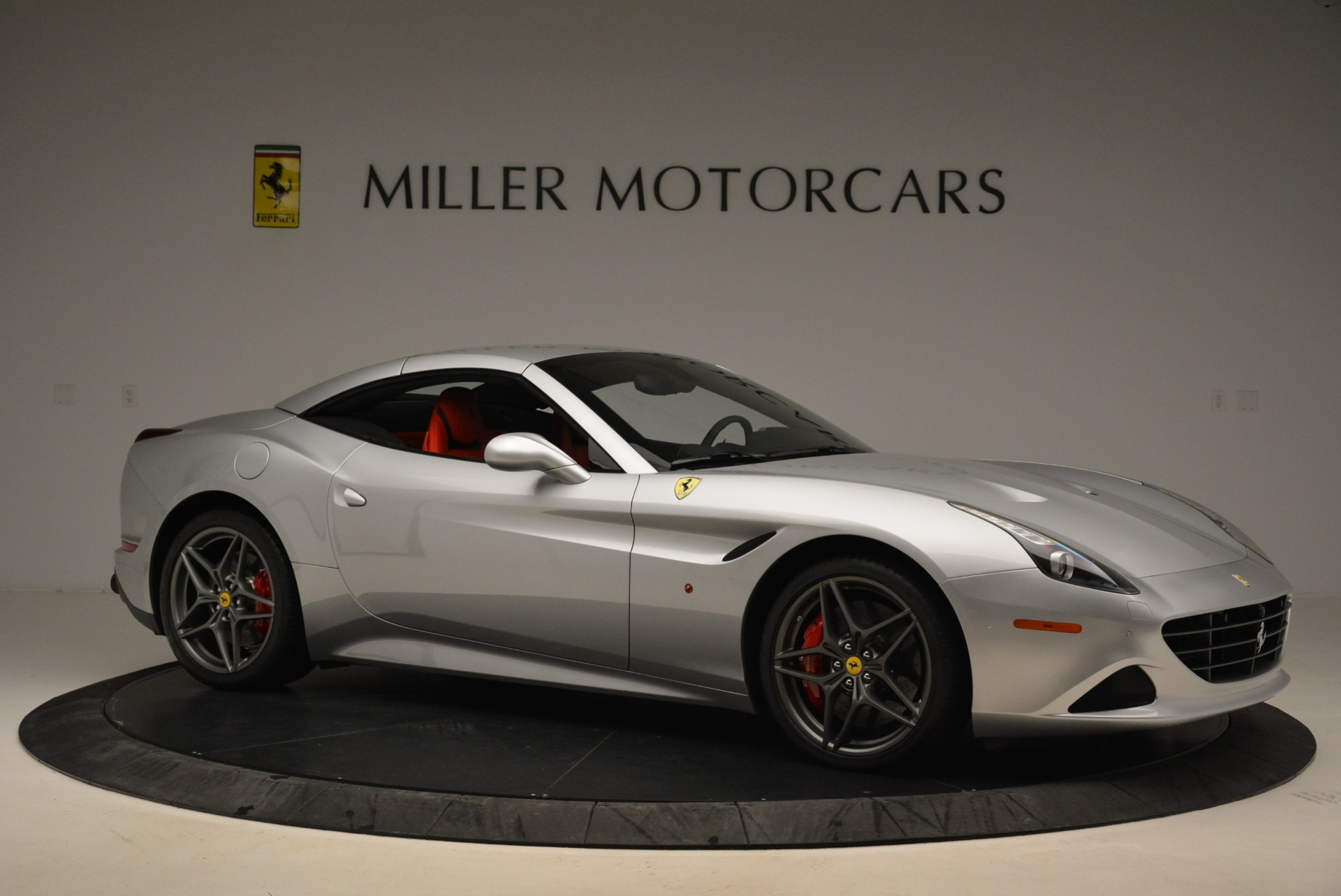Used 2017 Ferrari California T Handling Speciale For Sale In Greenwich, CT 2037_p22