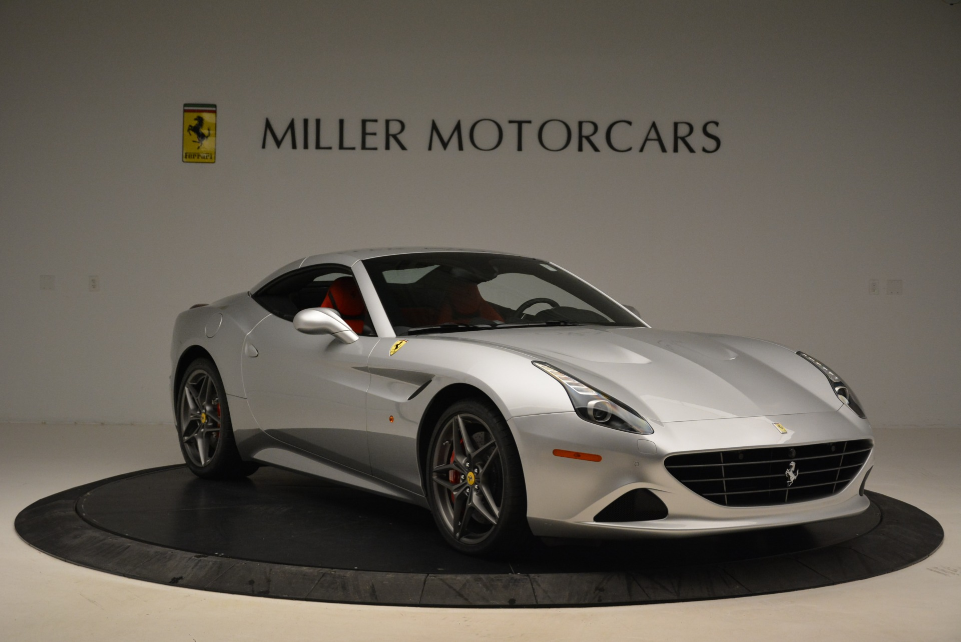 Used 2017 Ferrari California T Handling Speciale For Sale In Greenwich, CT 2037_p23