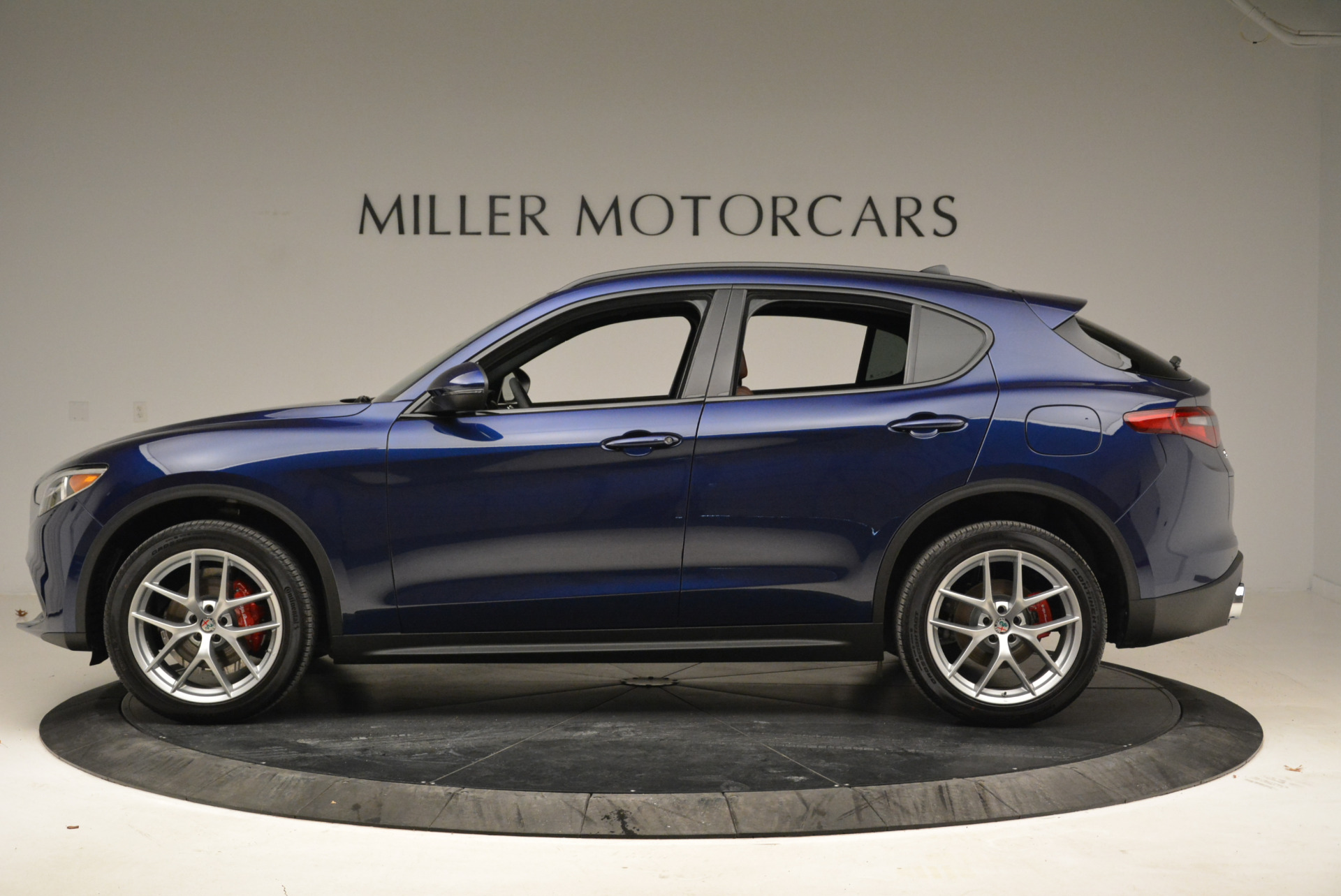 New 2018 Alfa Romeo Stelvio Ti Sport Q4 For Sale In Greenwich, CT 2042_p3