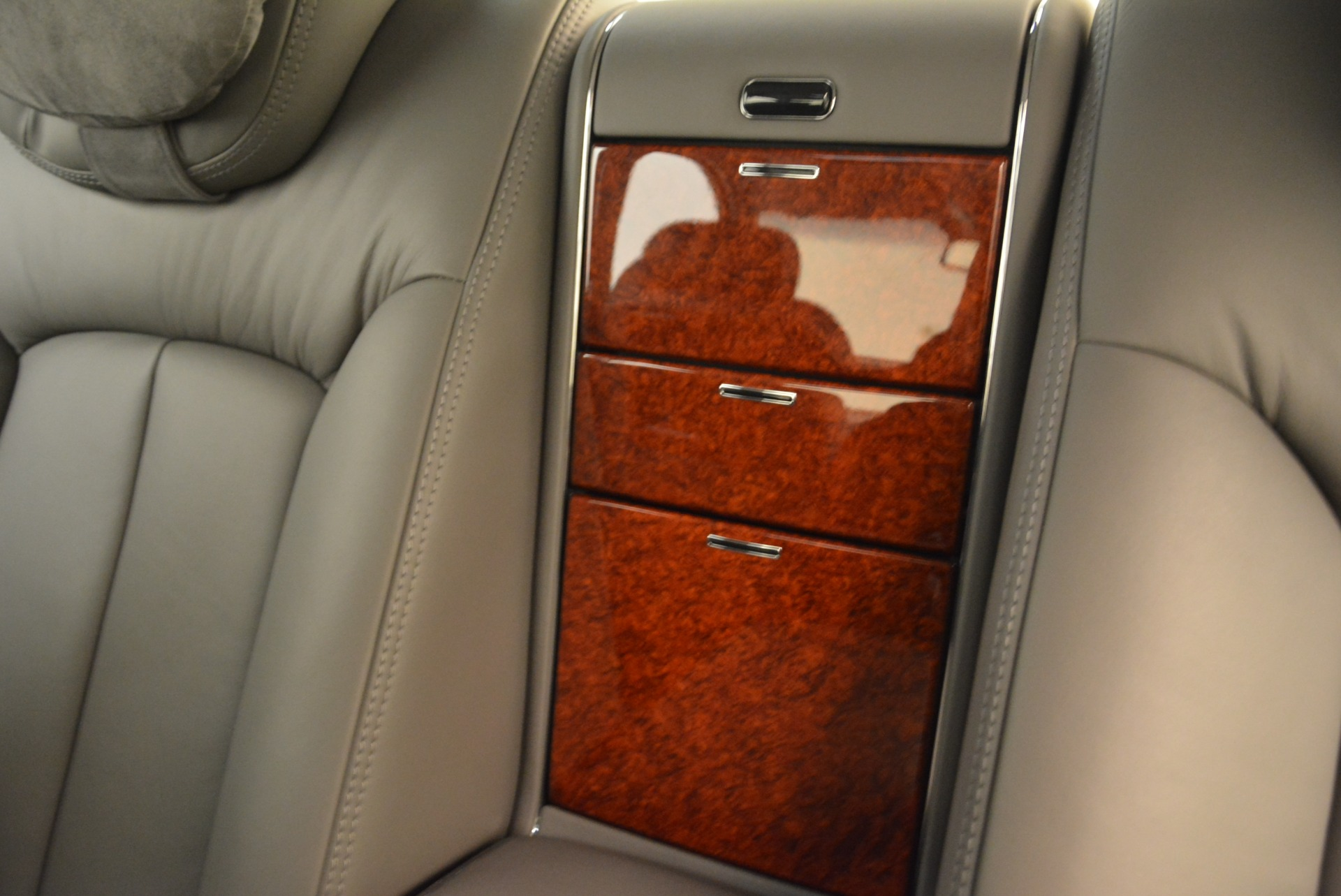 Used 2004 Maybach 57  For Sale In Greenwich, CT 2045_p24