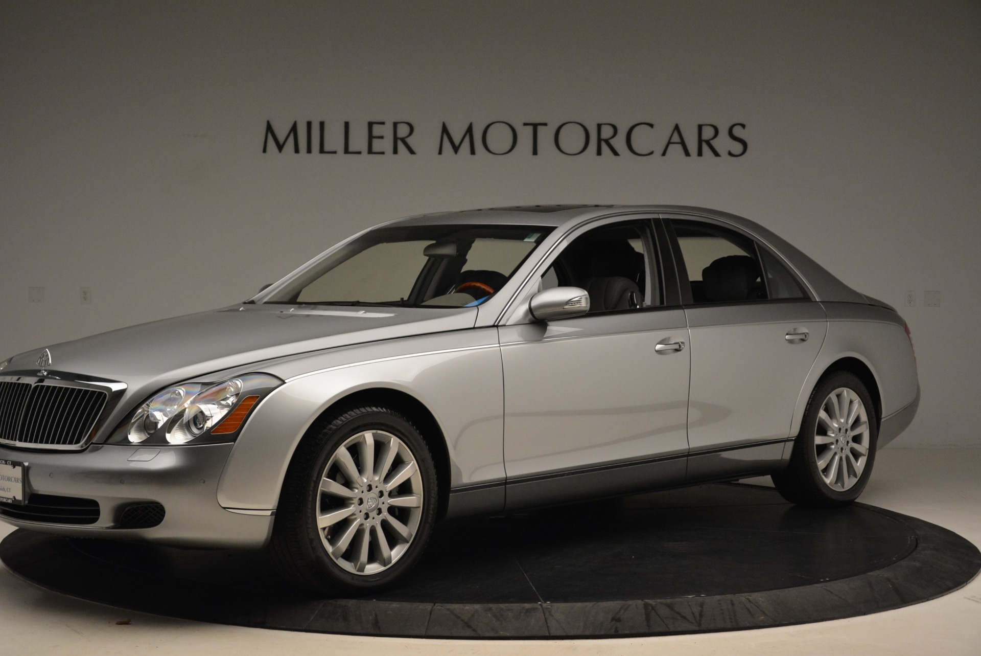 Used 2004 Maybach 57  For Sale In Greenwich, CT 2045_p2
