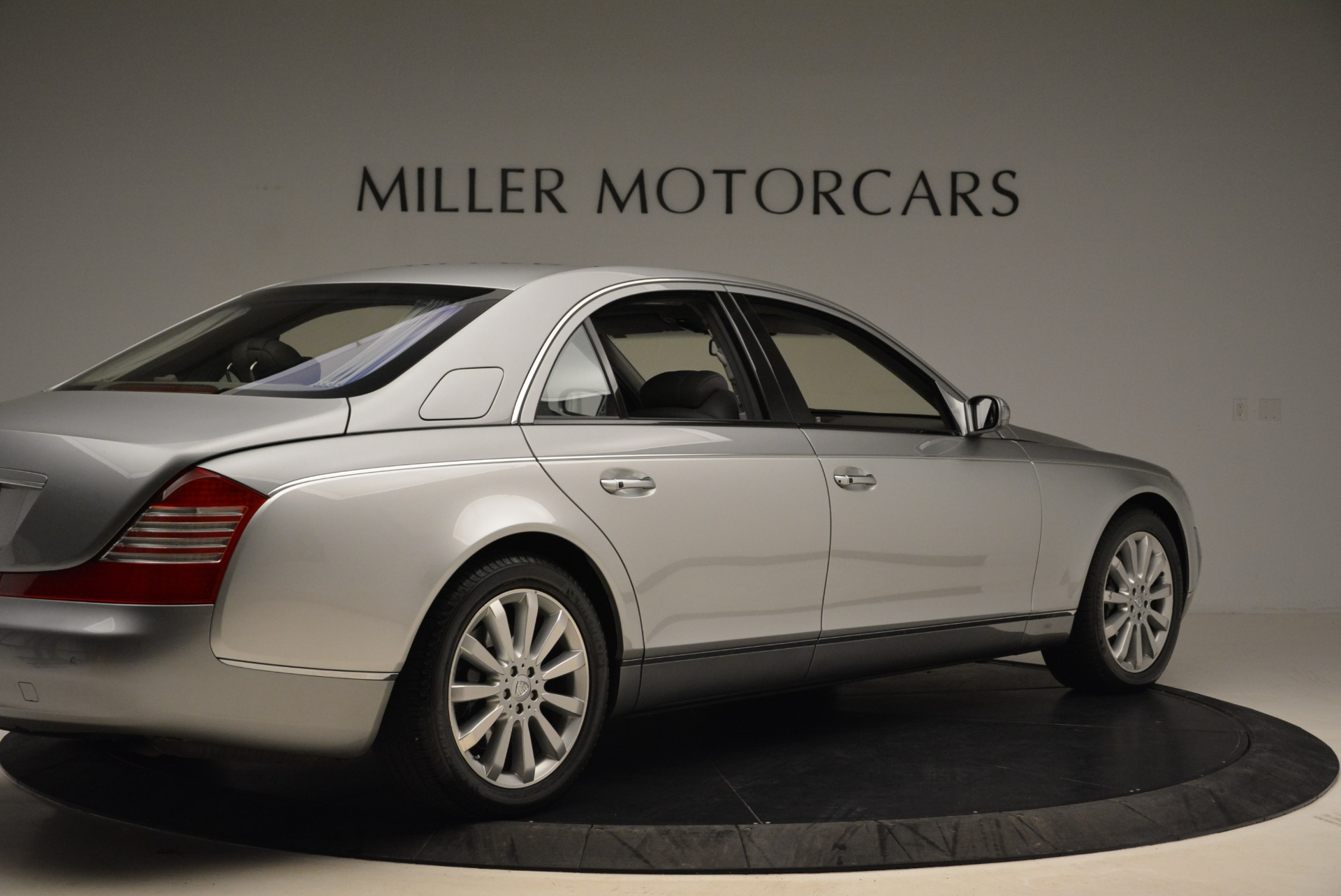 Used 2004 Maybach 57  For Sale In Greenwich, CT 2045_p8