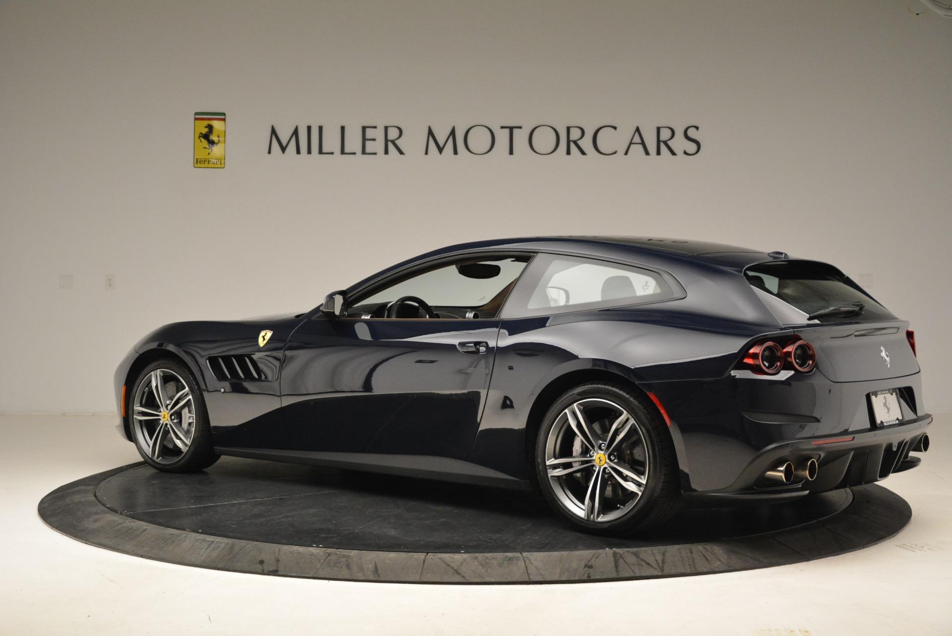Used 2017 Ferrari GTC4Lusso  For Sale In Greenwich, CT 2047_p4