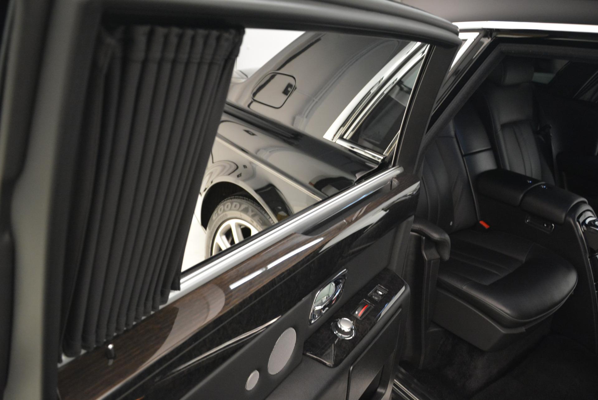 Used 2014 Rolls-Royce Phantom EWB For Sale In Greenwich, CT 2051_p12