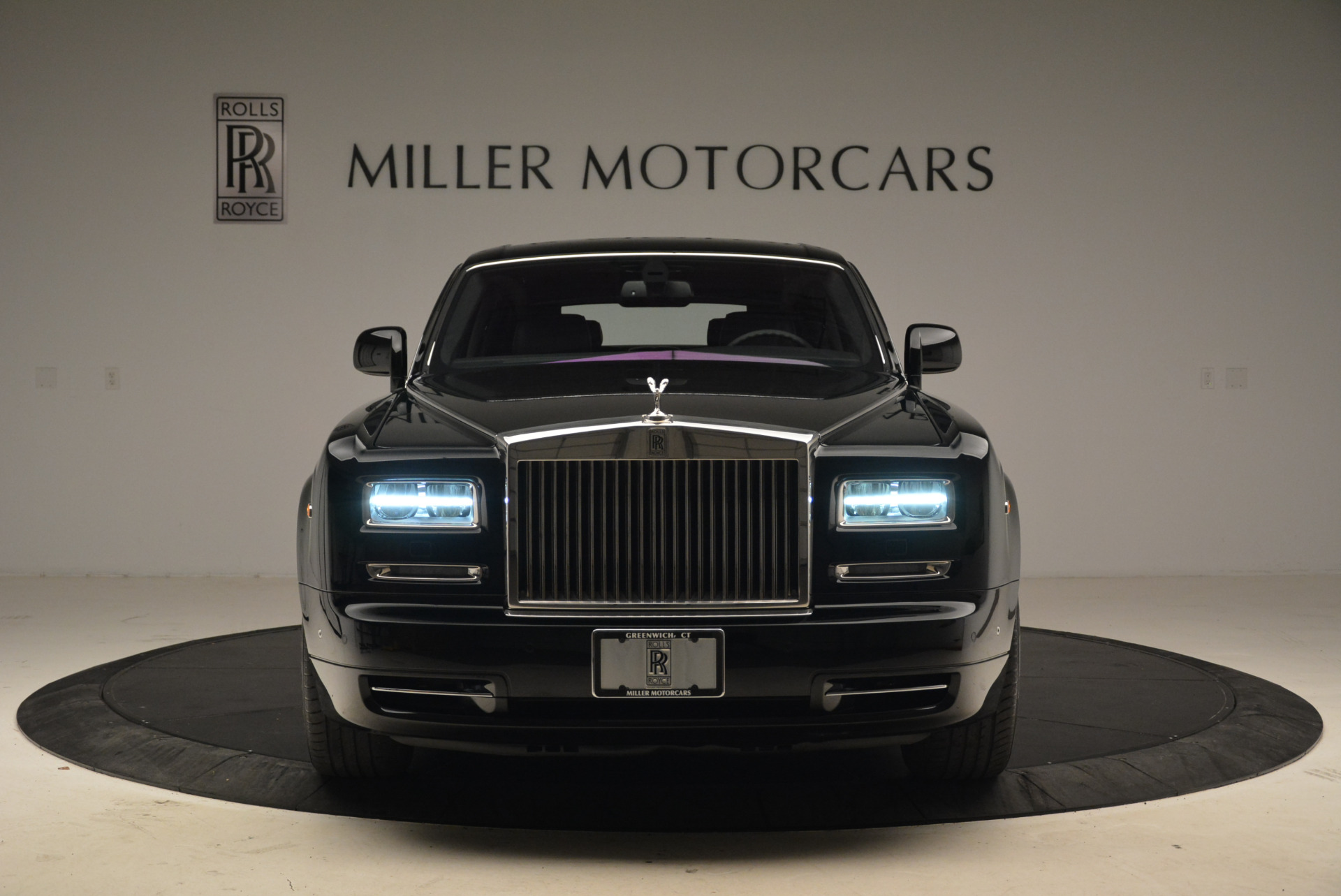 Used 2014 Rolls-Royce Phantom EWB For Sale In Greenwich, CT 2051_p4