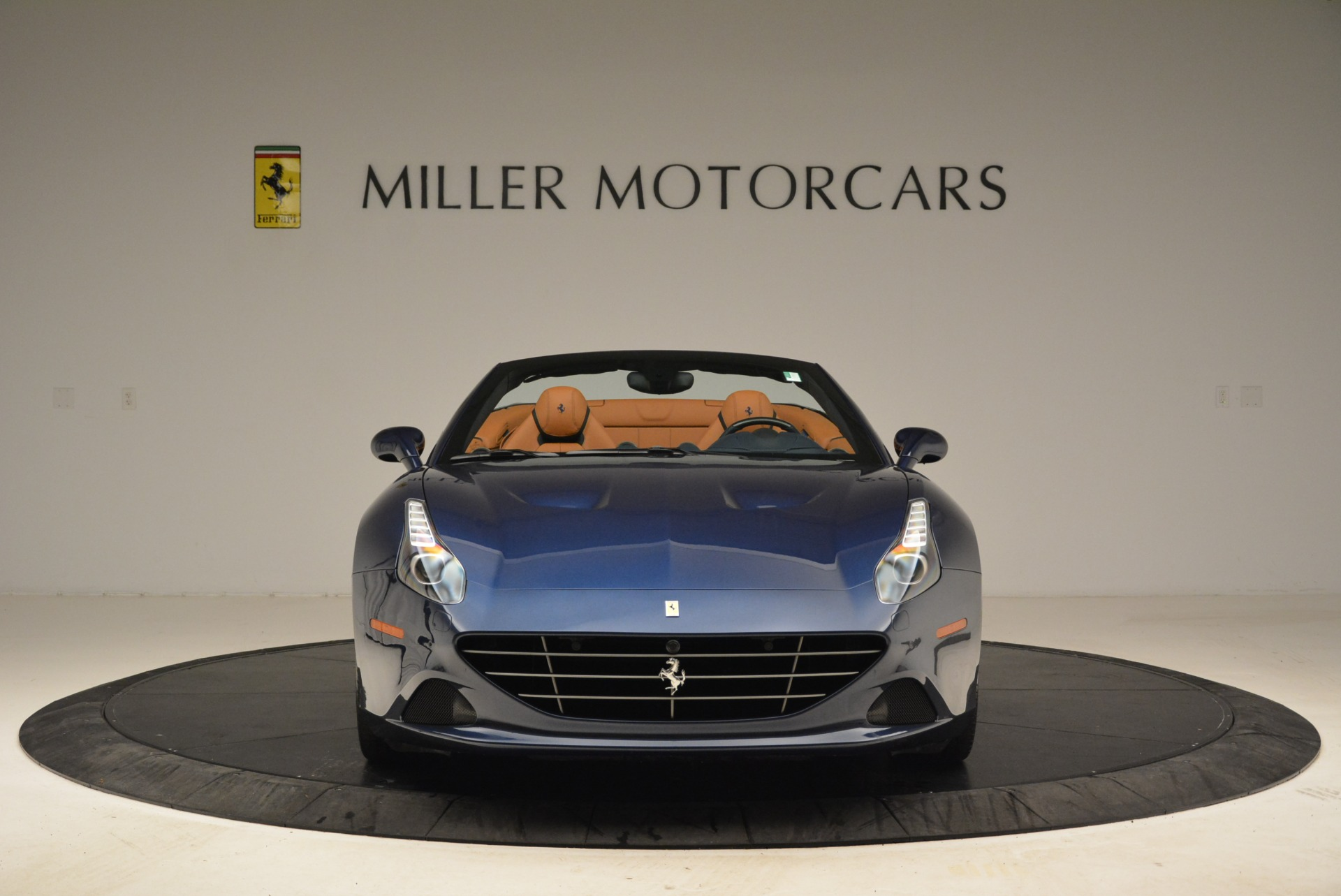 Used 2017 Ferrari California T Handling Speciale For Sale In Greenwich, CT 2052_p12