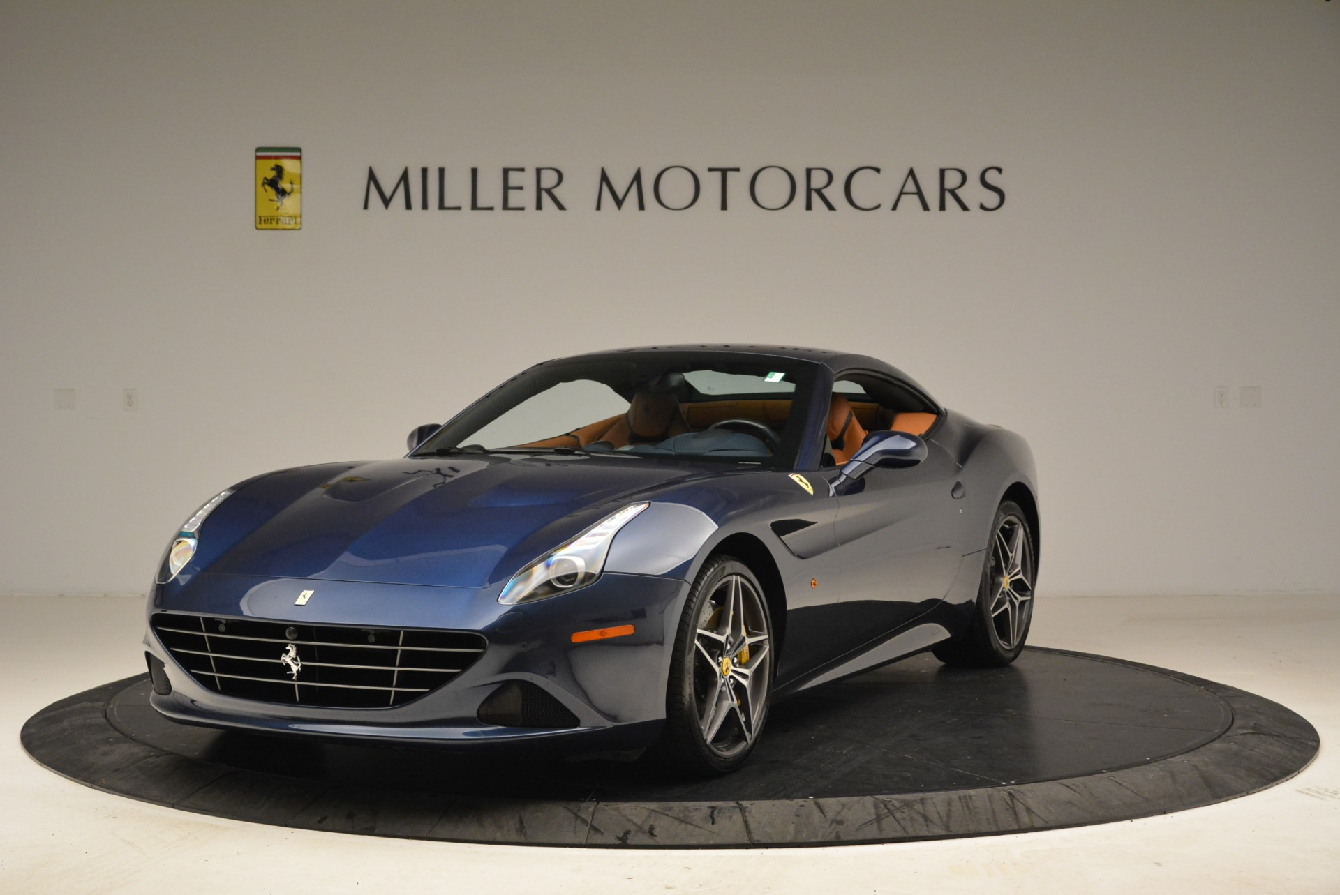 Used 2017 Ferrari California T Handling Speciale For Sale In Greenwich, CT 2052_p13