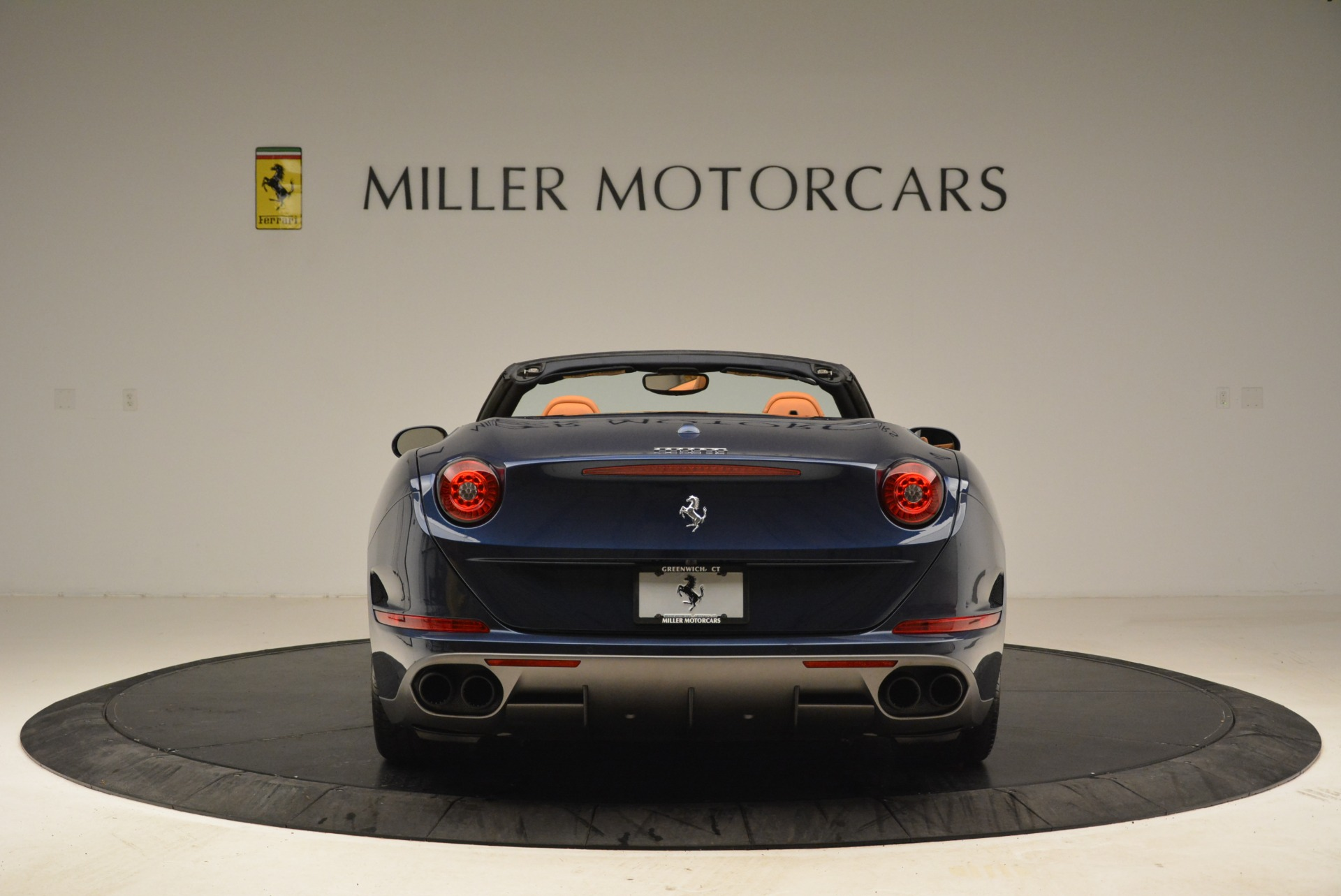 Used 2017 Ferrari California T Handling Speciale For Sale In Greenwich, CT 2052_p6