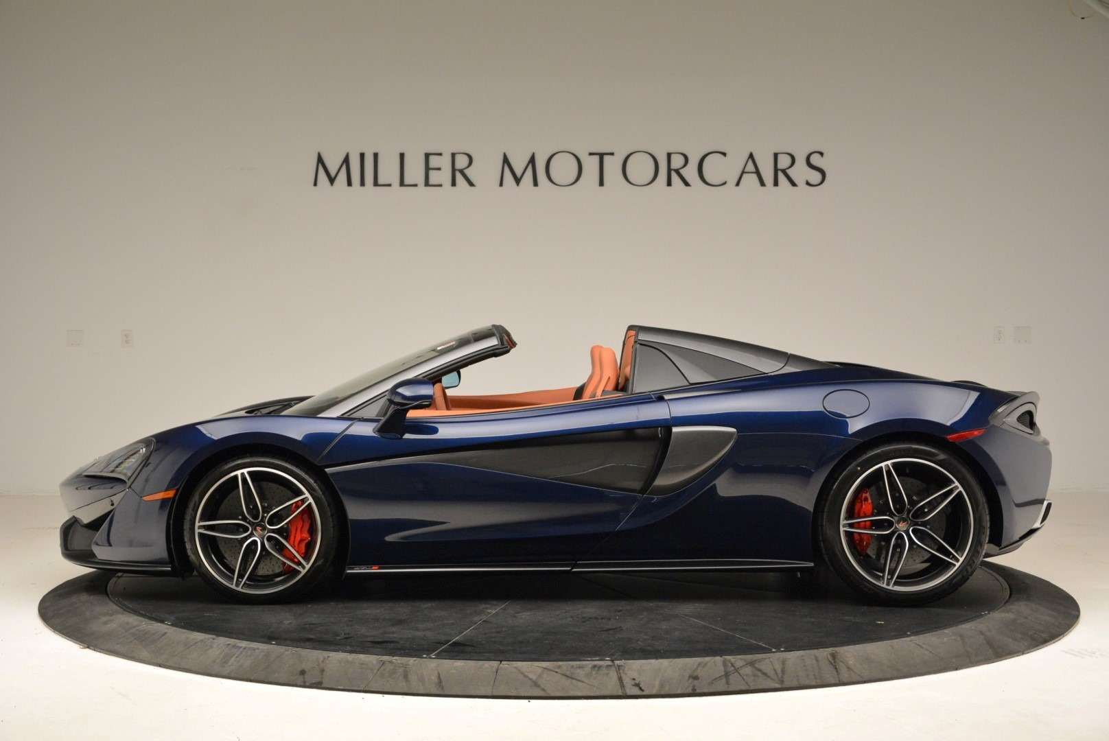 New 2018 McLaren 570S Spider For Sale In Greenwich, CT 2053_p3