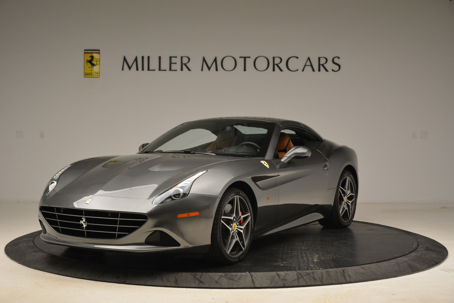 Used 2017 Ferrari California T Handling Speciale For Sale In Greenwich, CT 2054_p13