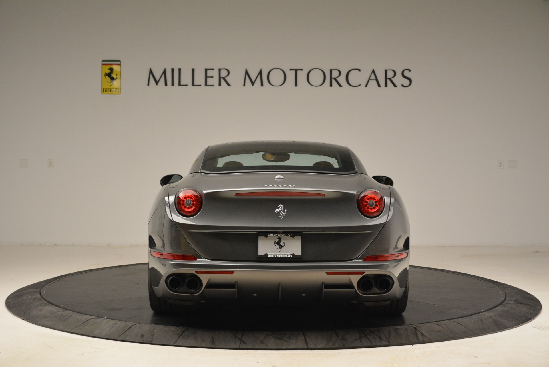 Used 2017 Ferrari California T Handling Speciale For Sale In Greenwich, CT 2054_p18