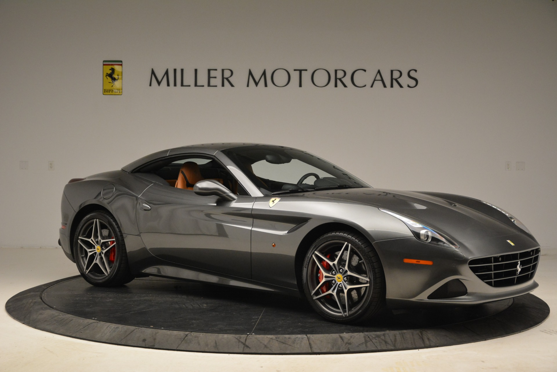 Used 2017 Ferrari California T Handling Speciale For Sale In Greenwich, CT 2054_p22