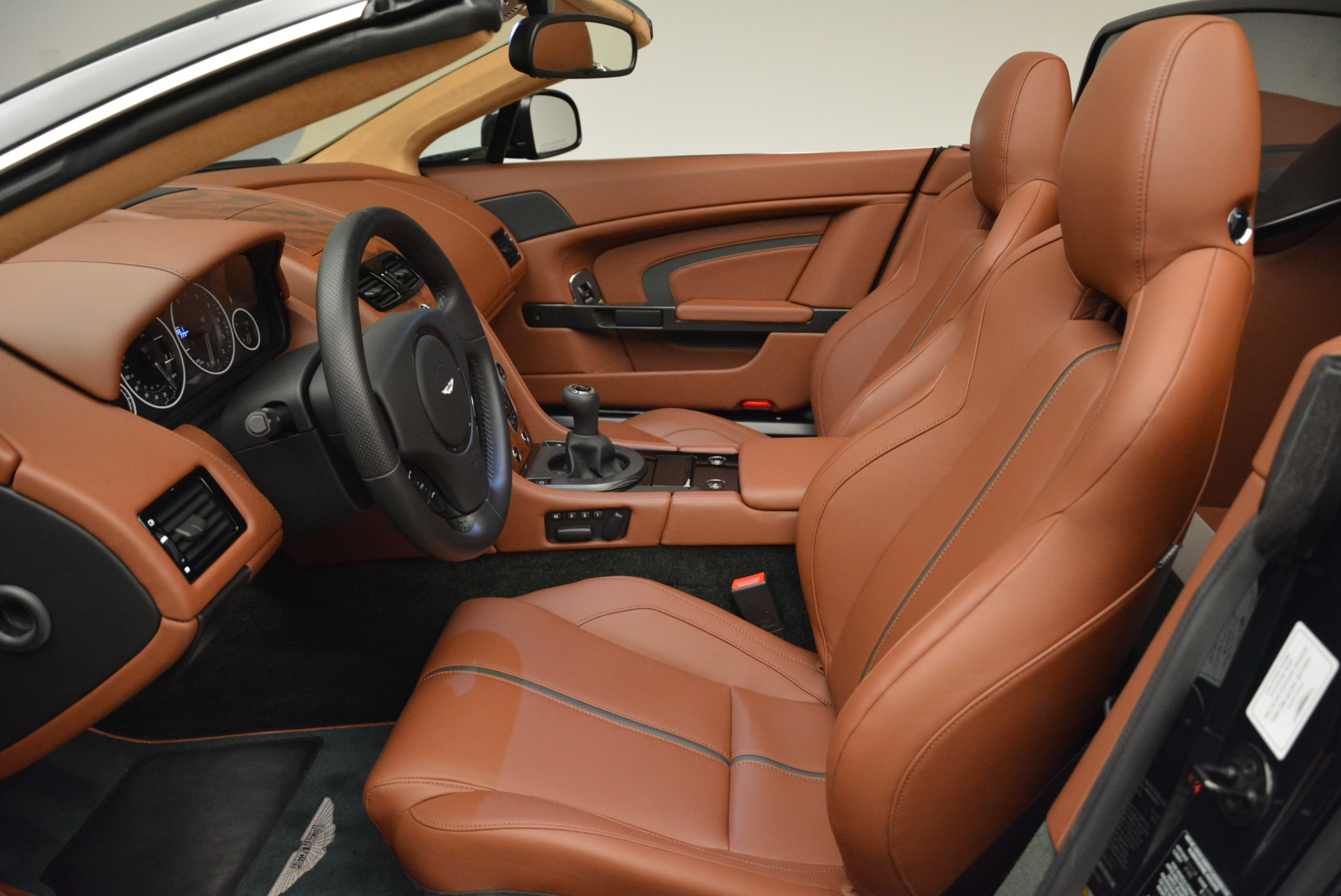 Used 2017 Aston Martin V12 Vantage S Roadster For Sale In Greenwich, CT 2055_p20