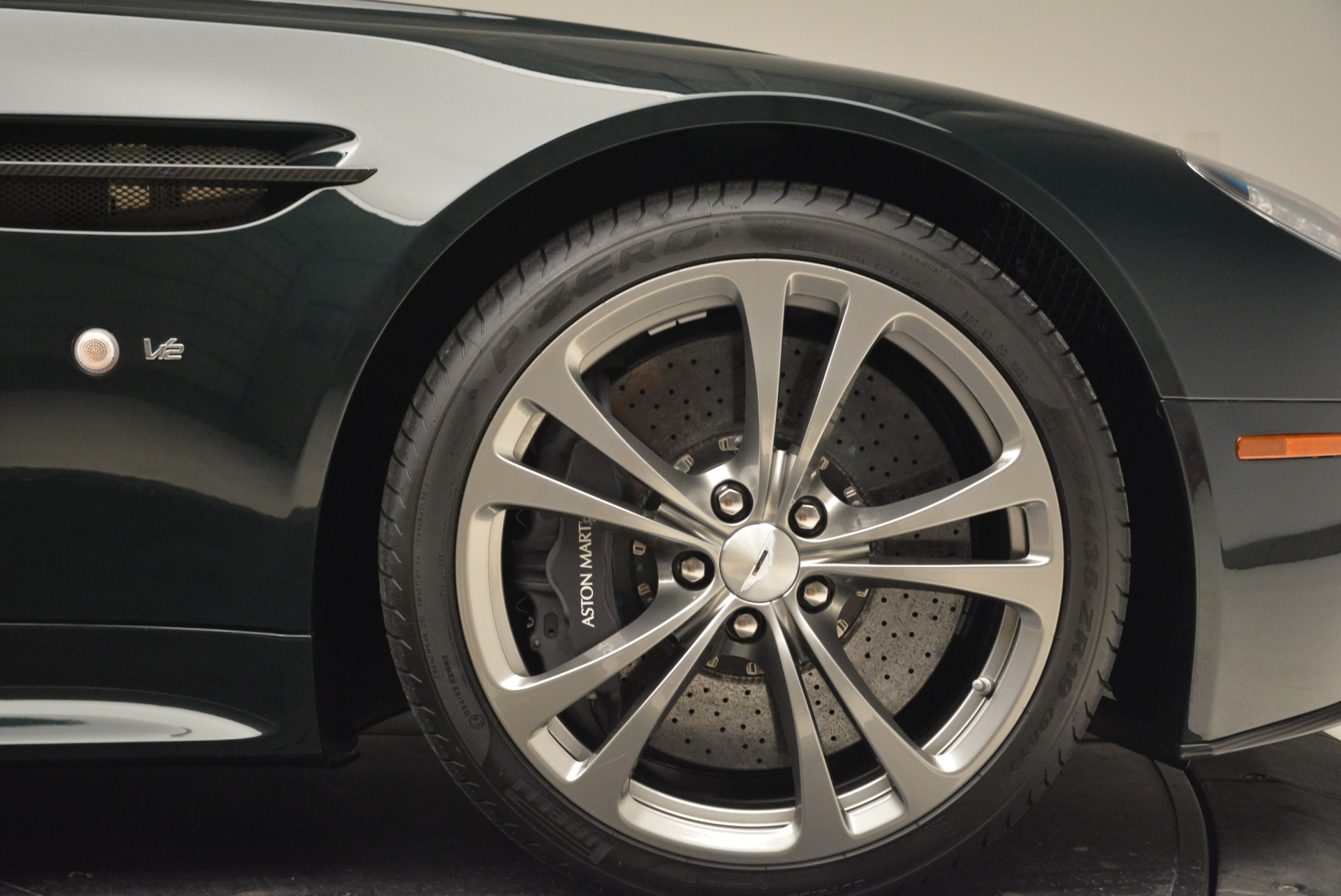 Used 2017 Aston Martin V12 Vantage S Roadster For Sale In Greenwich, CT 2055_p26