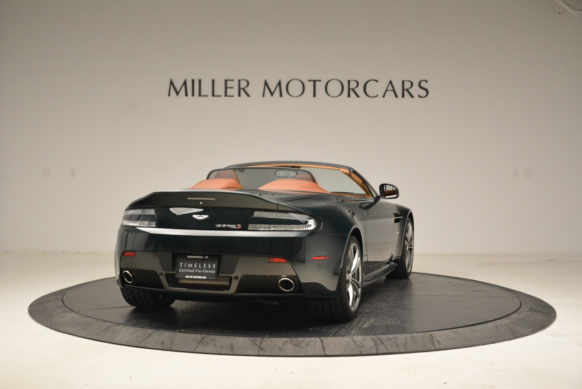 Used 2017 Aston Martin V12 Vantage S Roadster For Sale In Greenwich, CT 2055_p7