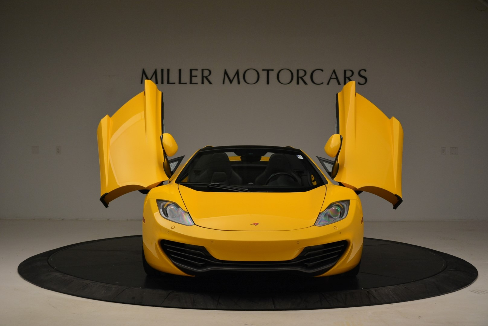 Used 2014 McLaren MP4-12C Spider For Sale In Greenwich, CT 2057_p13
