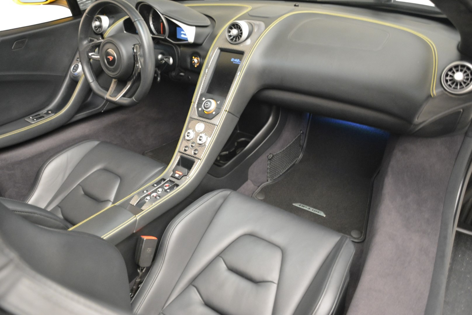 Used 2014 McLaren MP4-12C Spider For Sale In Greenwich, CT 2057_p29
