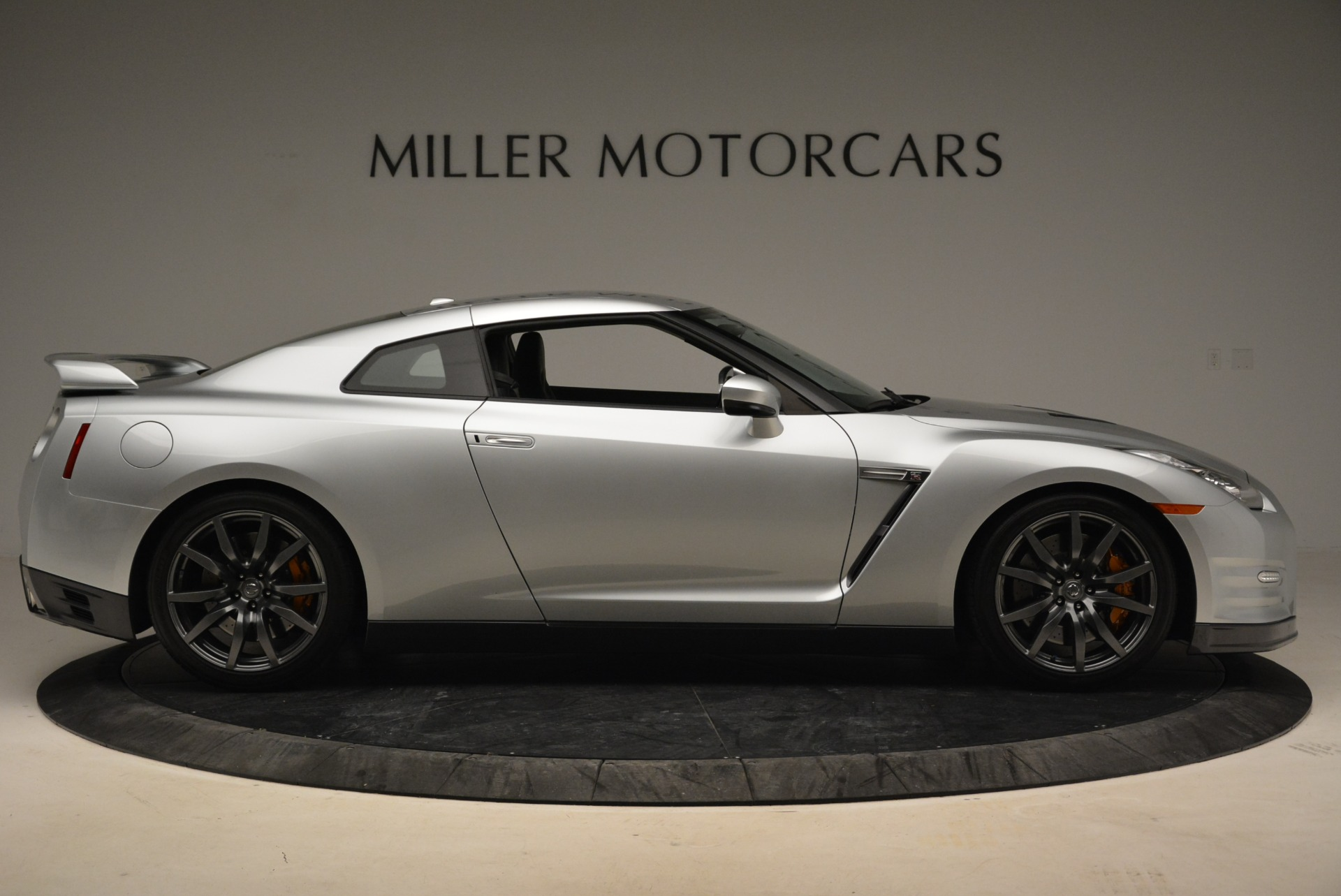 Used 2013 Nissan GT-R Premium For Sale In Greenwich, CT 2062_p10
