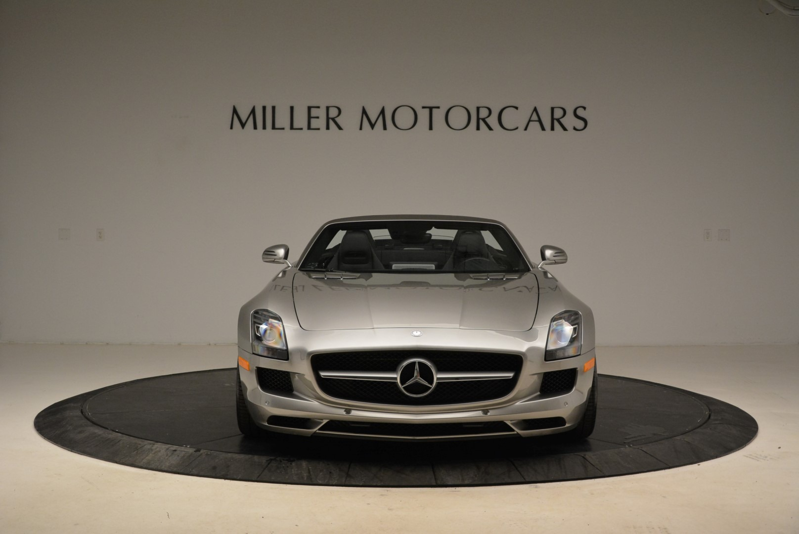 Used 2012 Mercedes-Benz SLS AMG  For Sale In Greenwich, CT 2068_p12