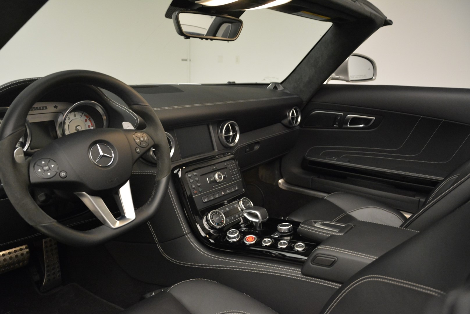 Used 2012 Mercedes-Benz SLS AMG  For Sale In Greenwich, CT 2068_p23